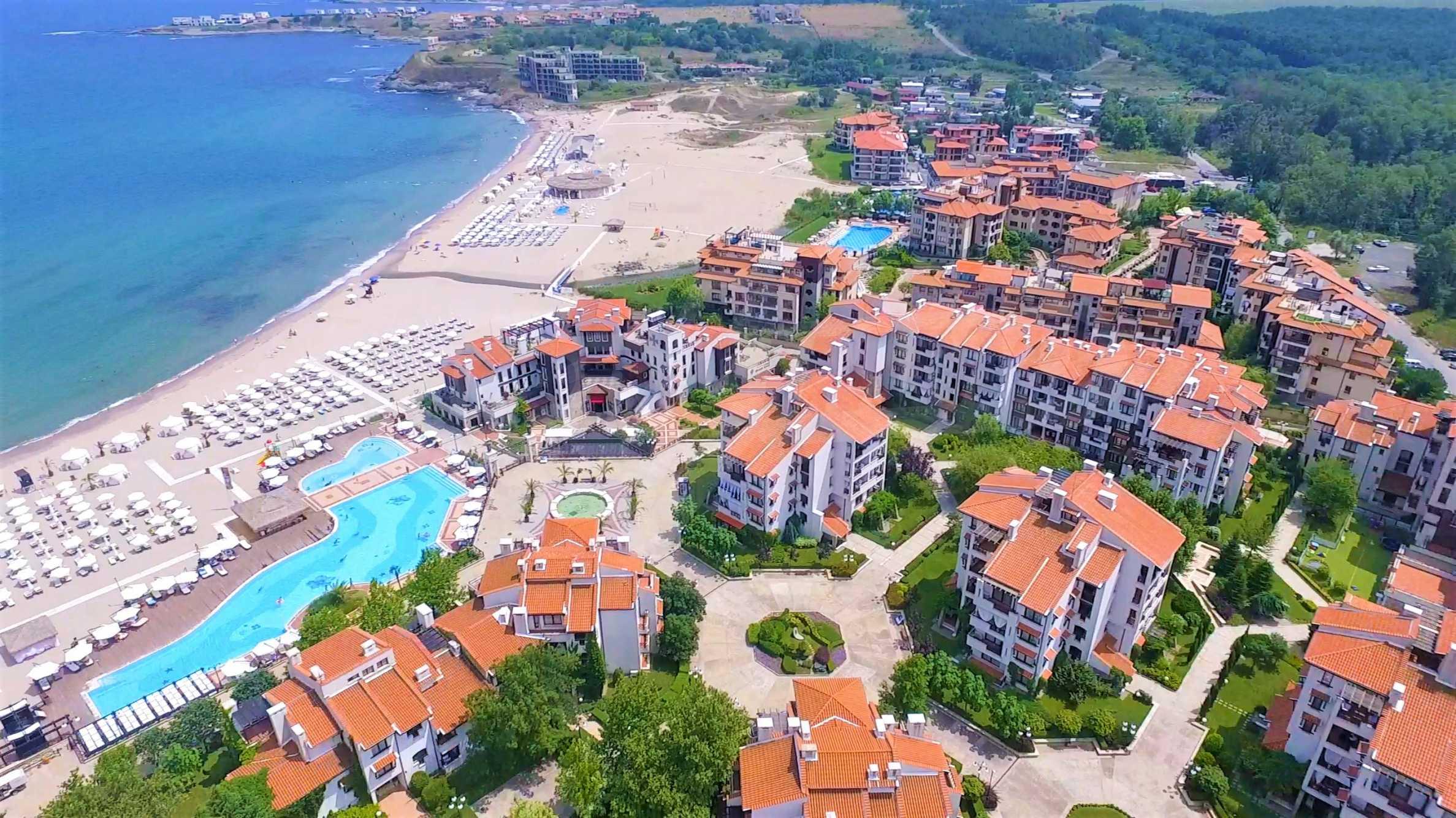 Двустаен апартамент в елитен комплекс на морето в Лозенец 24