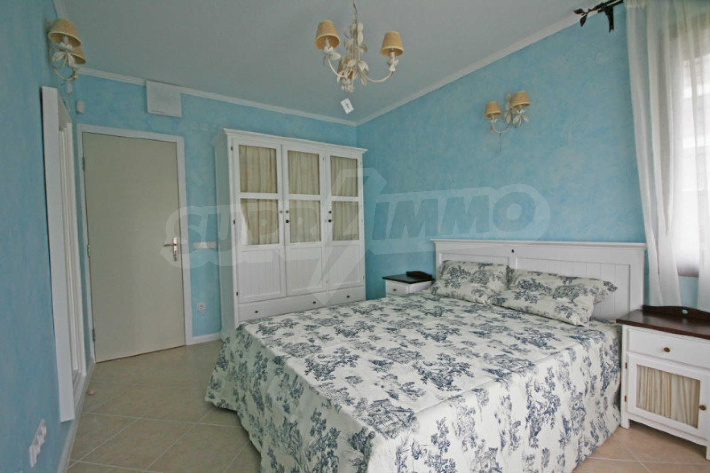 Двустаен апартамент в елитен комплекс на морето в Лозенец 5