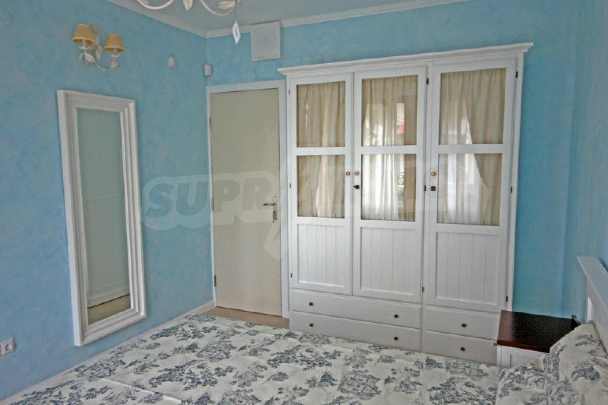Двустаен апартамент в елитен комплекс на морето в Лозенец 6