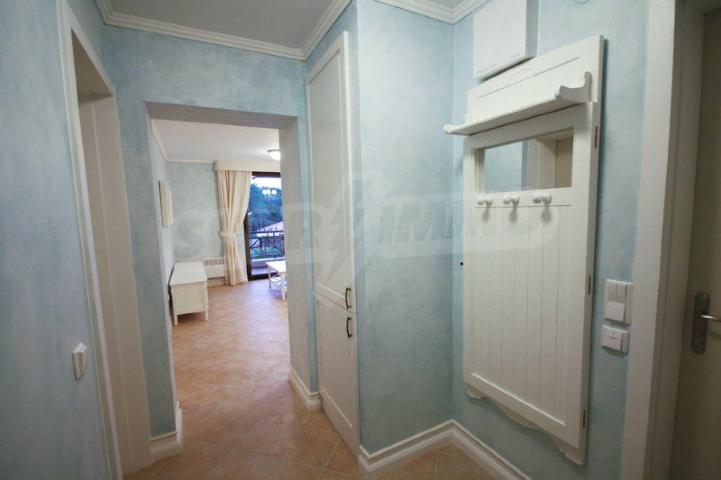 Zwei-Zimmer-Wohnung in einem Komplex in erster Linie in Lozenets 6