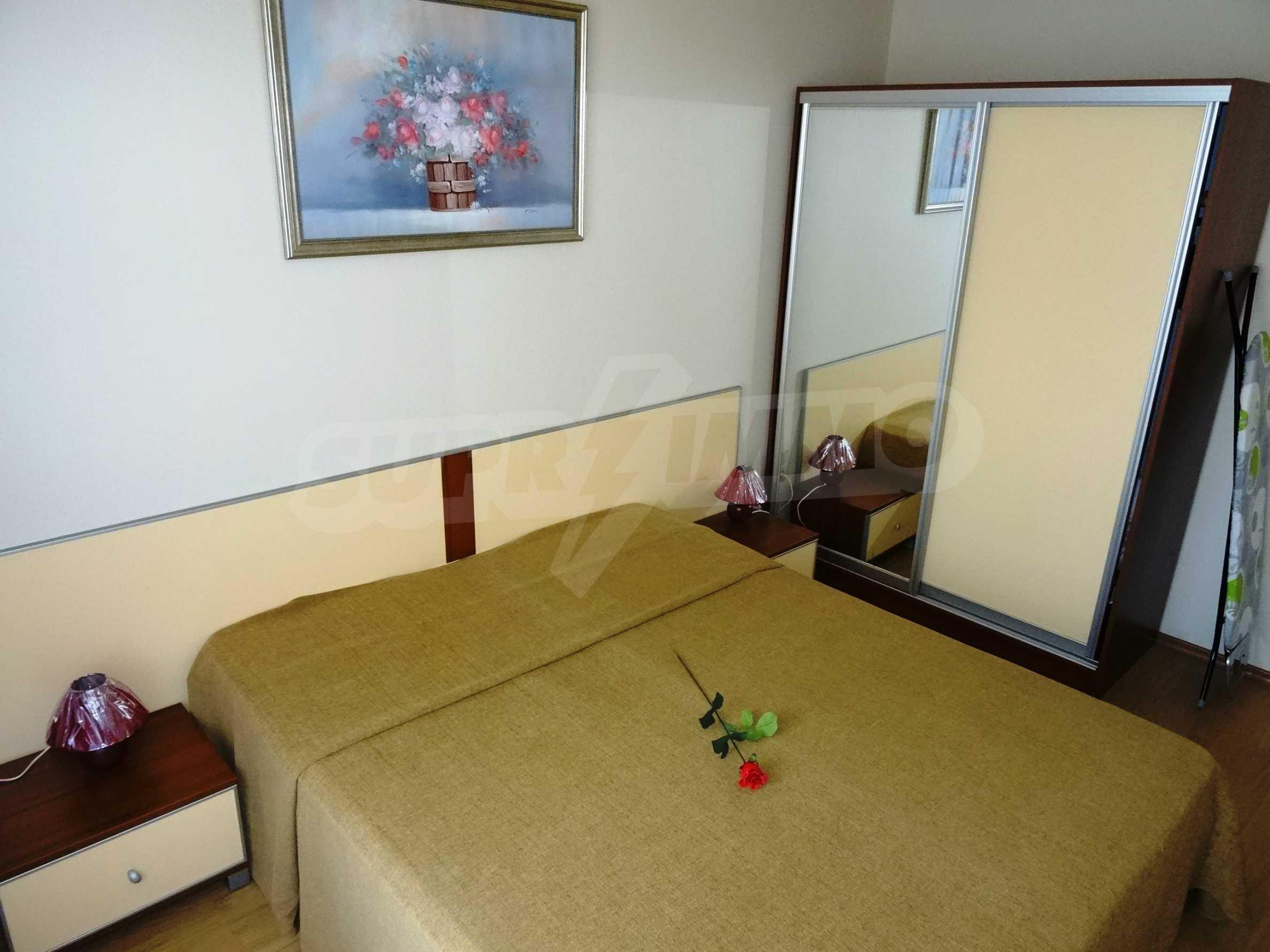 Апартамент Евелина 12
