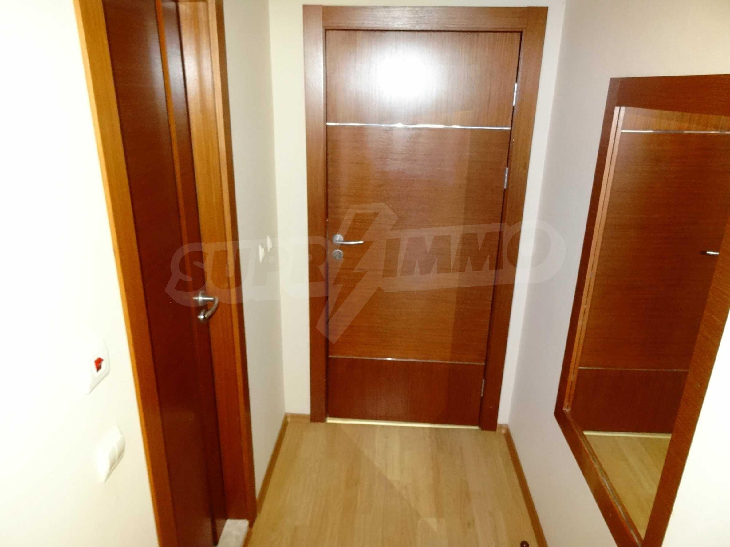 Апартамент Евелина 15