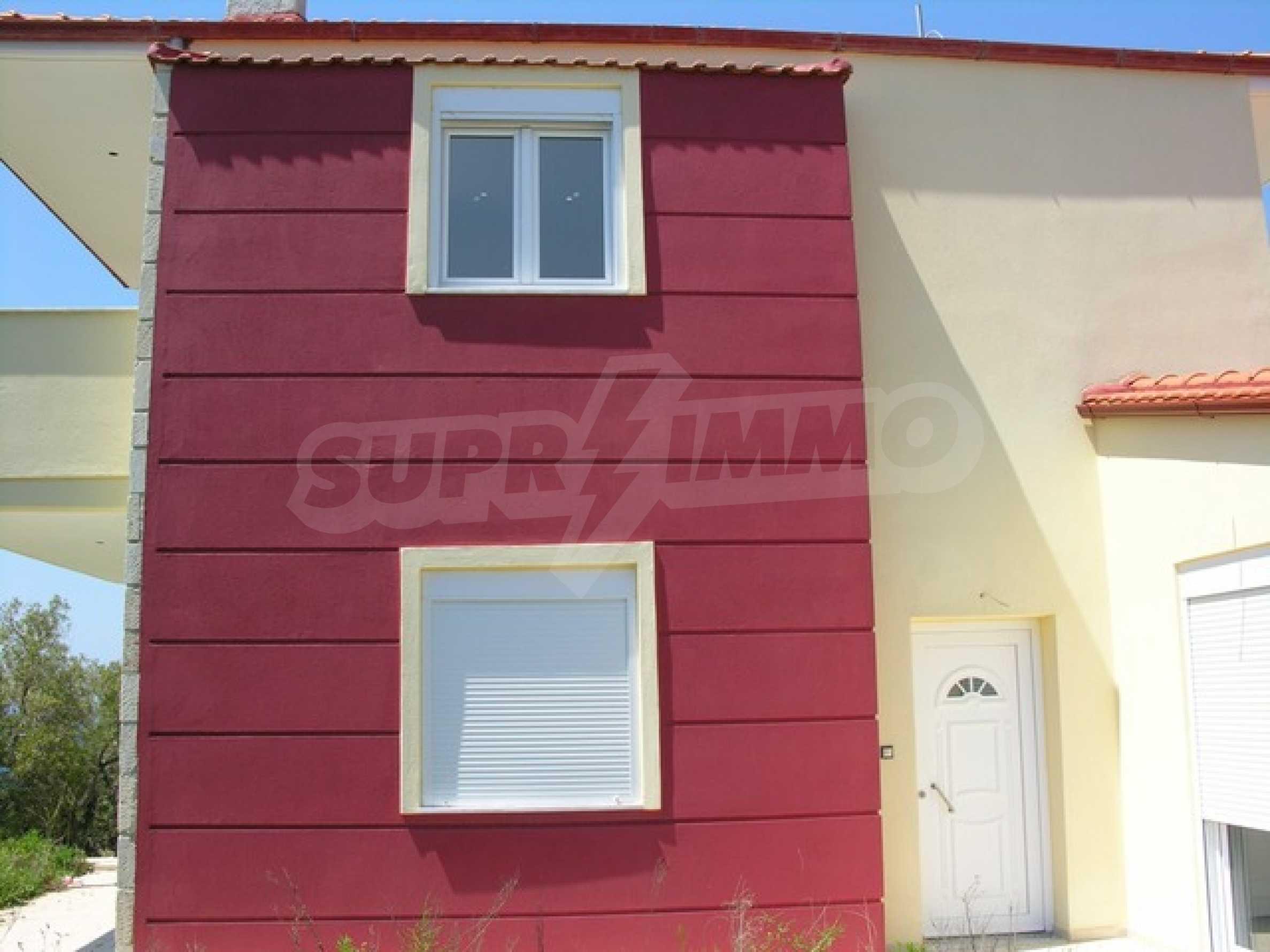 Къща  в  Неа Скиони 2