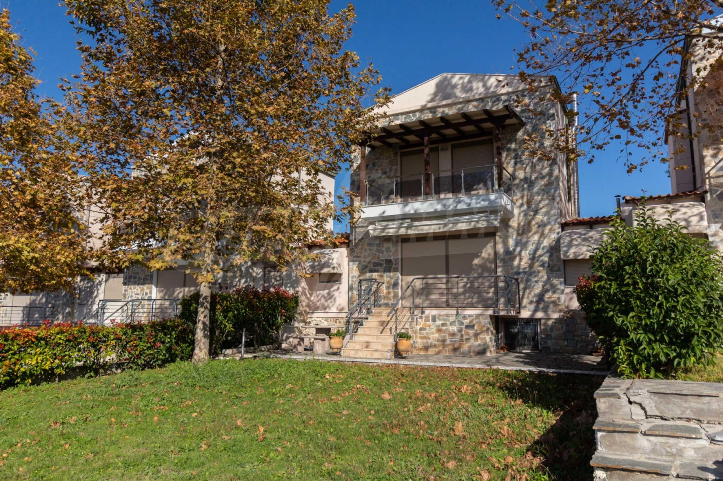 Къща  в  Посиди 26