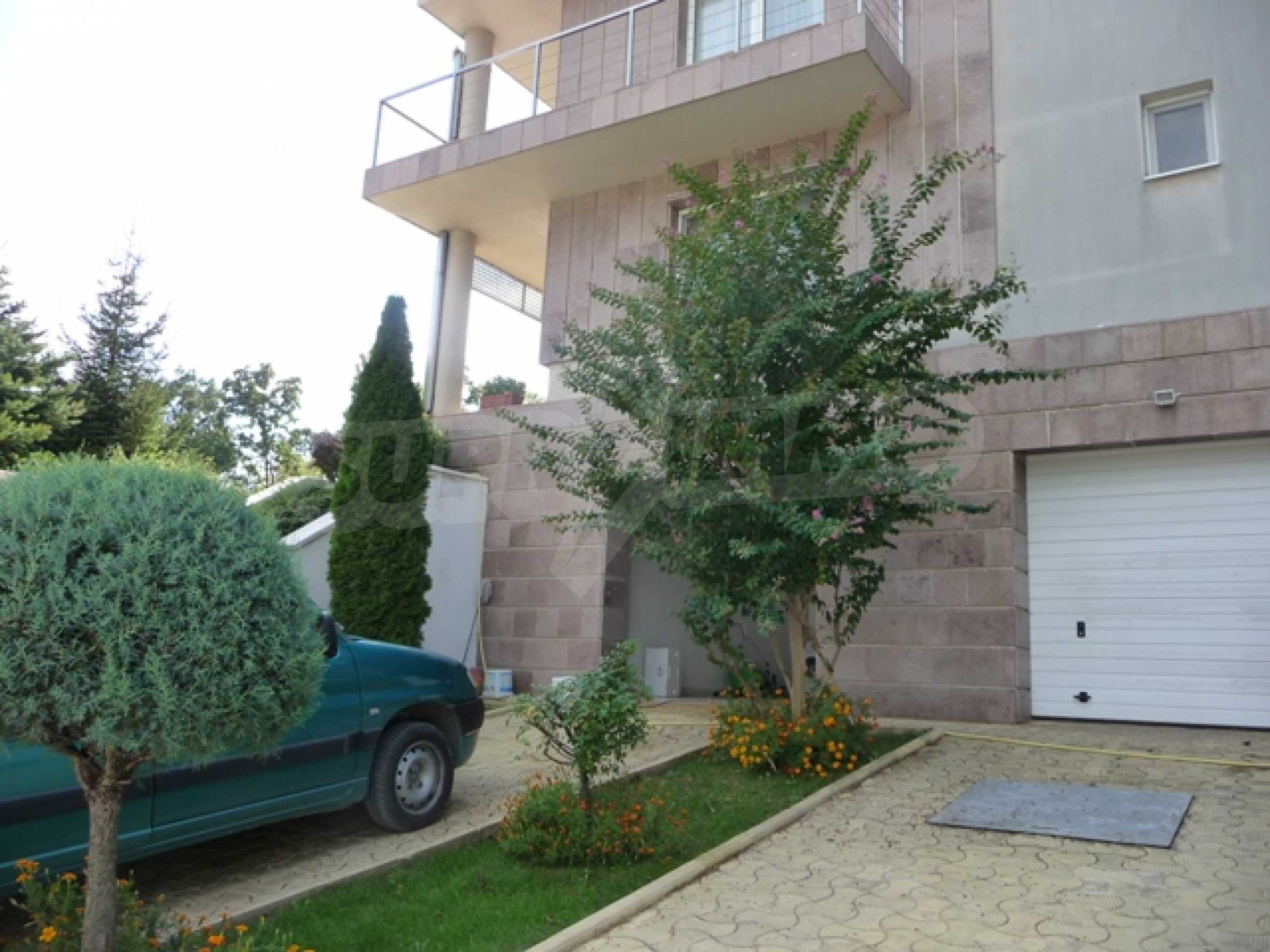 Разкошно имение близо до Варна 66