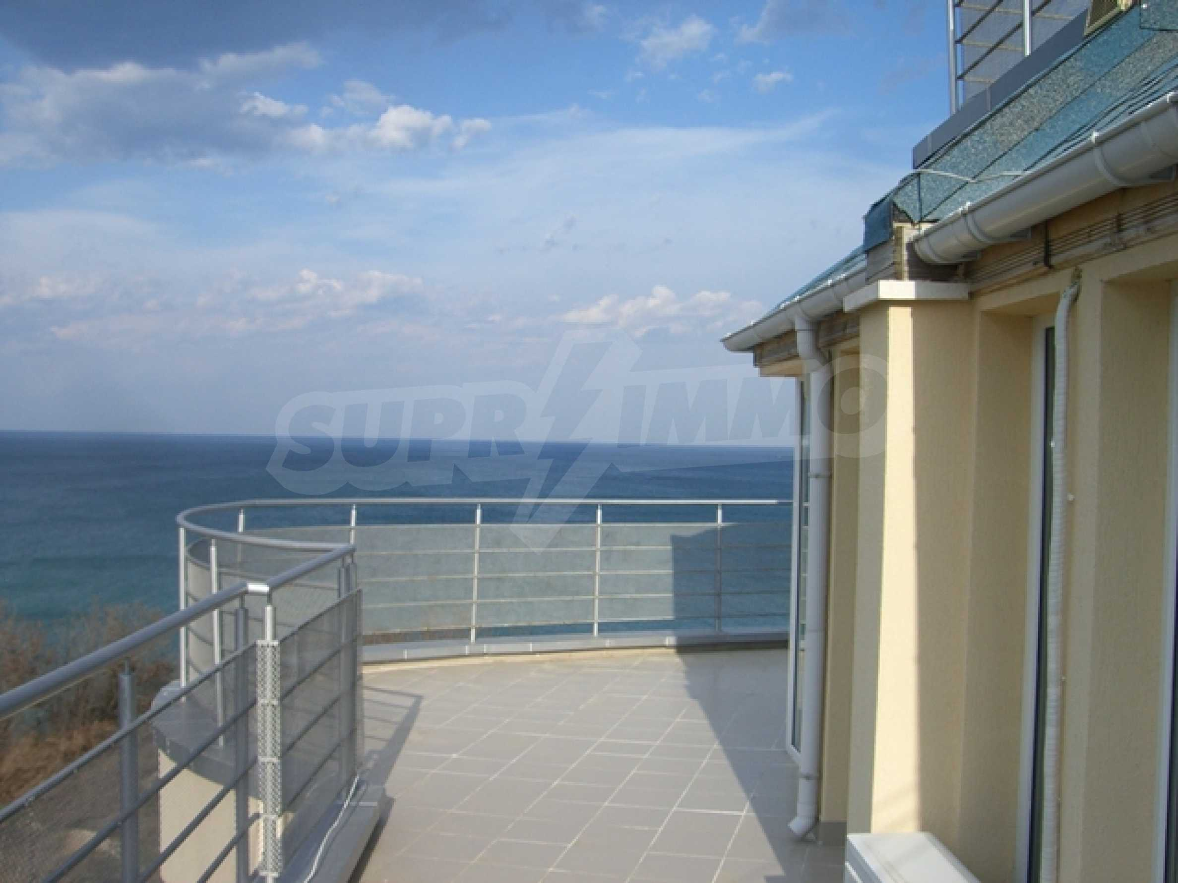 Two-bedroom apartment in Sunny House Complex 2
