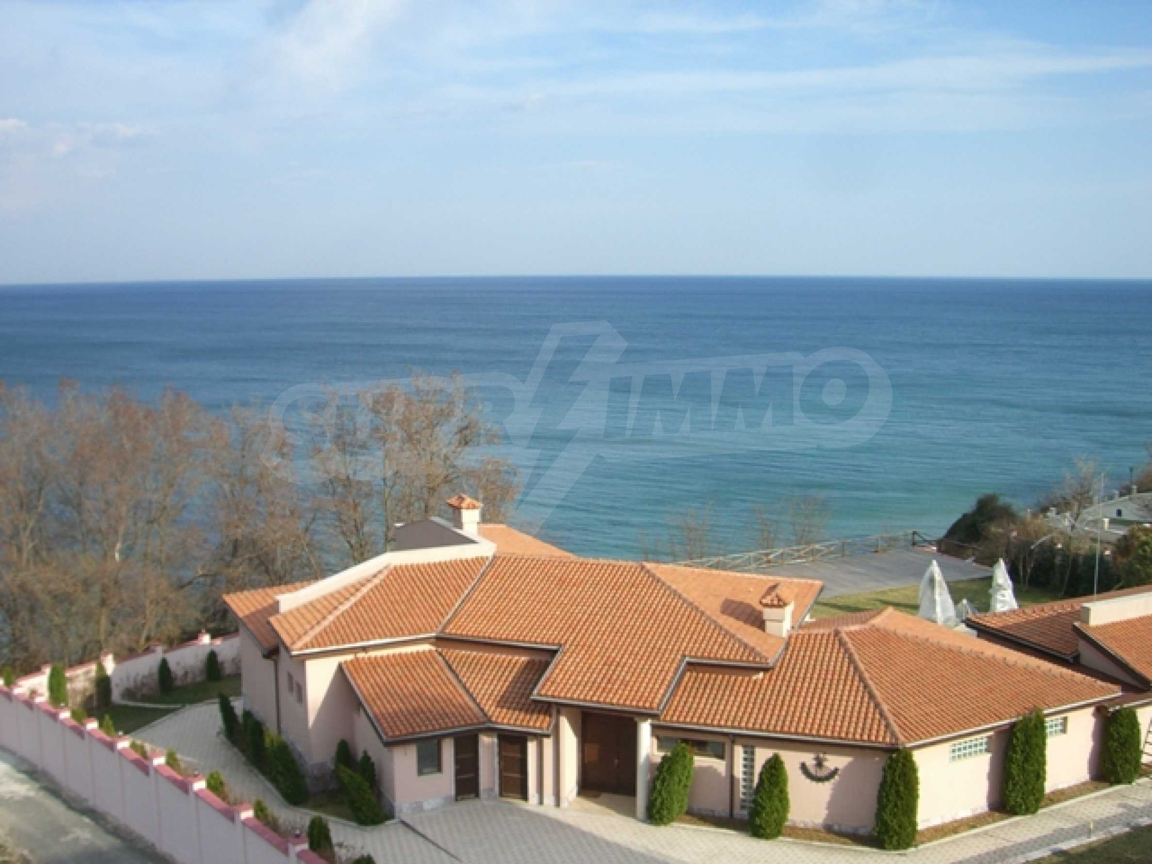 Two-bedroom apartment in Sunny House Complex 4