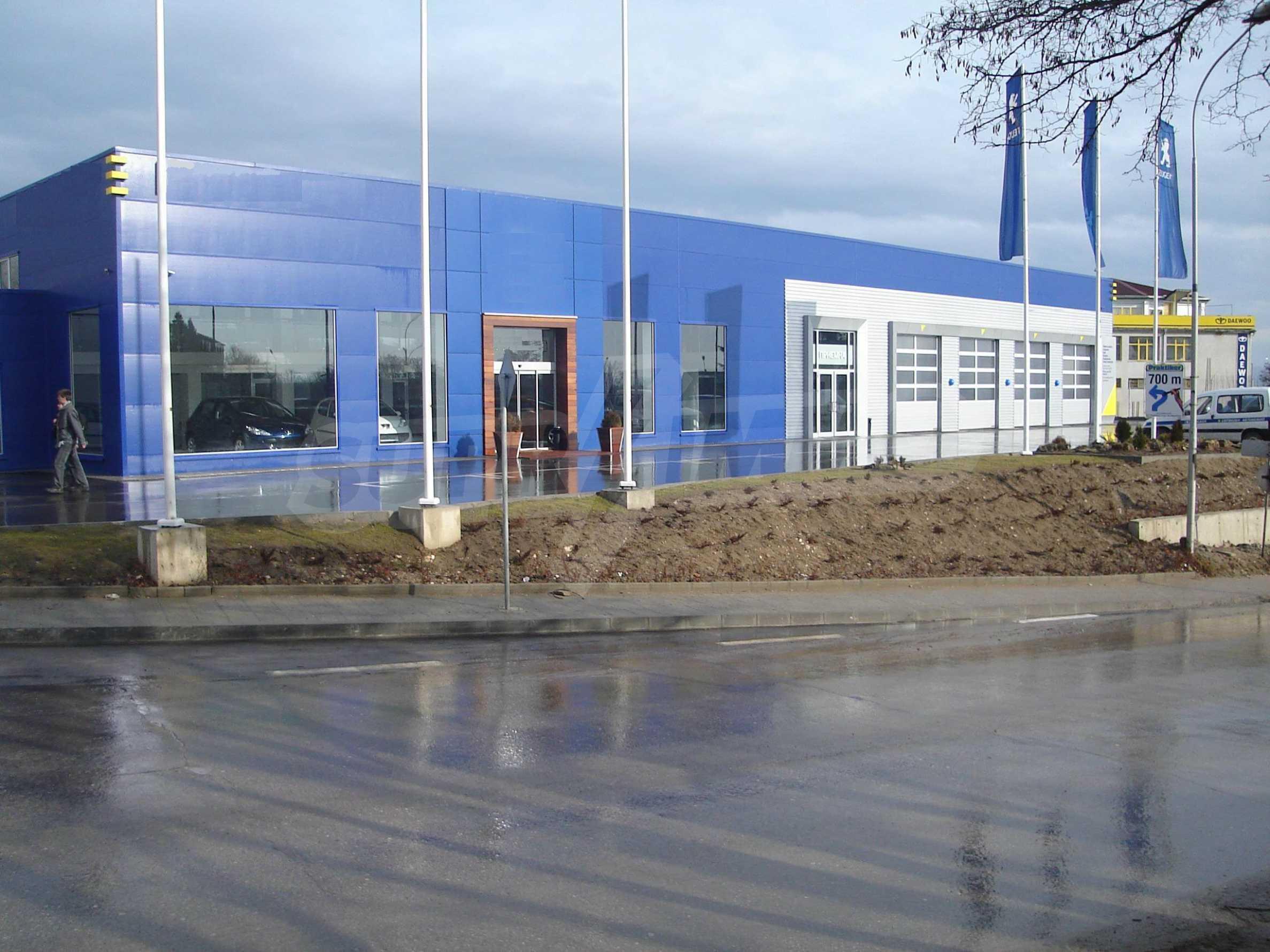 Gewerbe- und Dienstleistungskomplex im Stadtteil Mladost