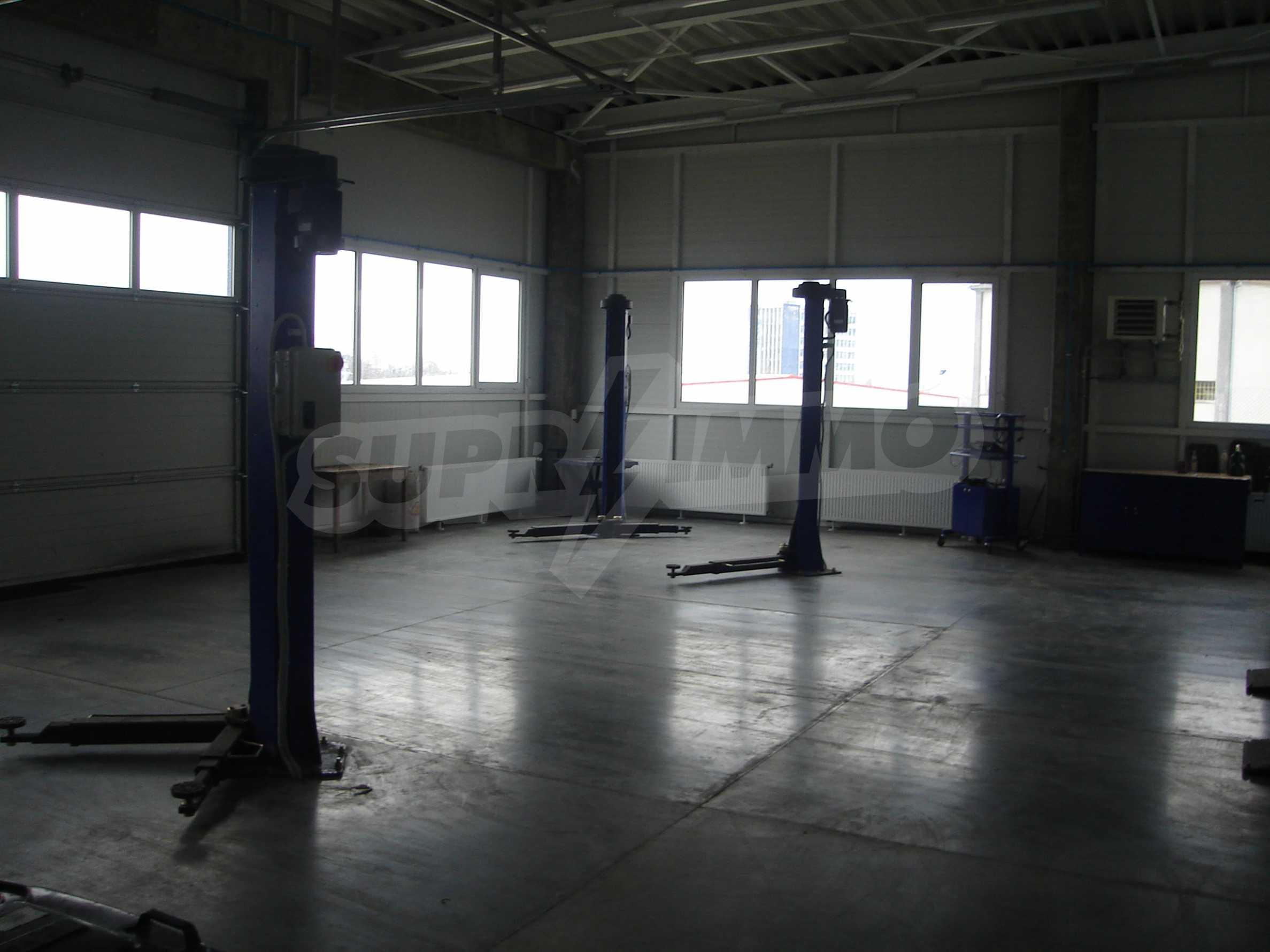 Gewerbe- und Dienstleistungskomplex im Stadtteil Mladost 4