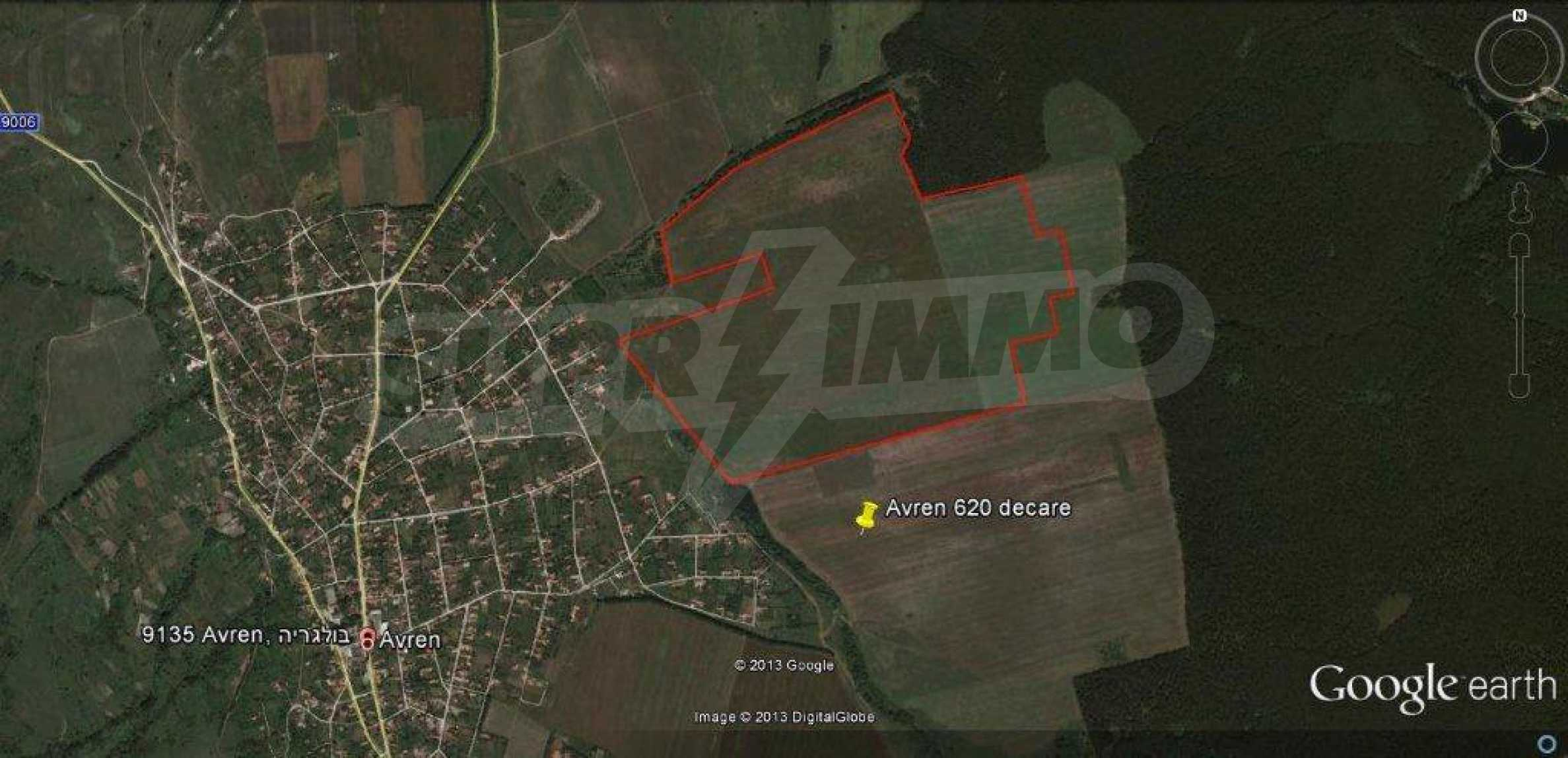 Large plot of land for sale in Avren