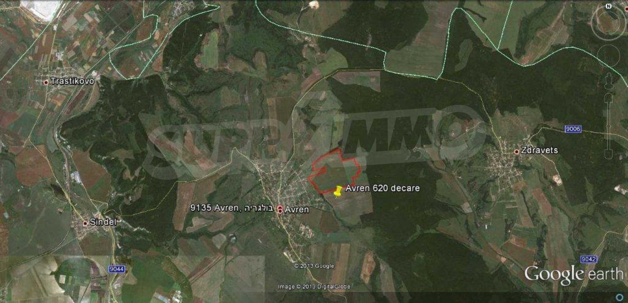 Large plot of land for sale in Avren 1