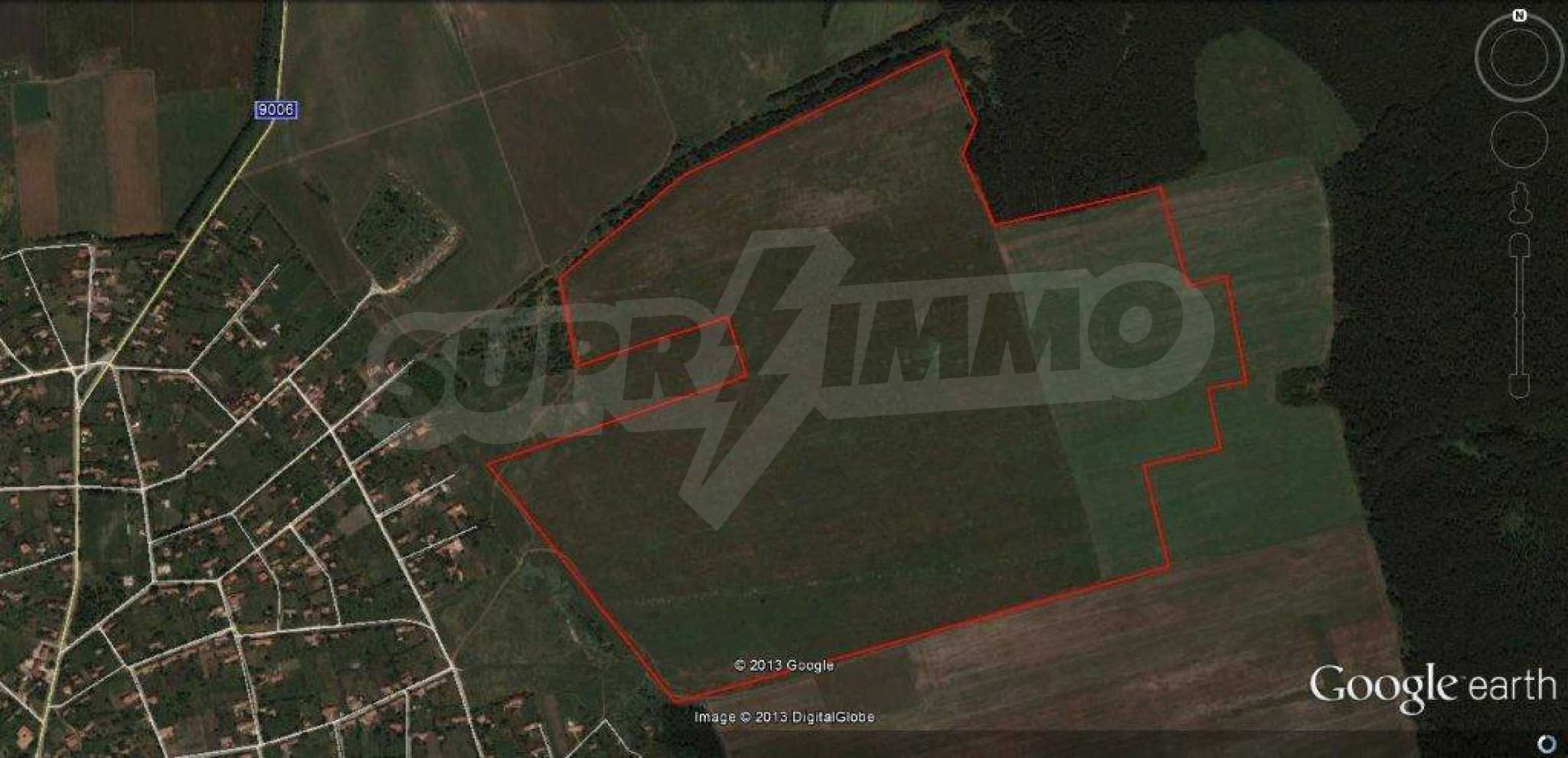 Large plot of land for sale in Avren 3