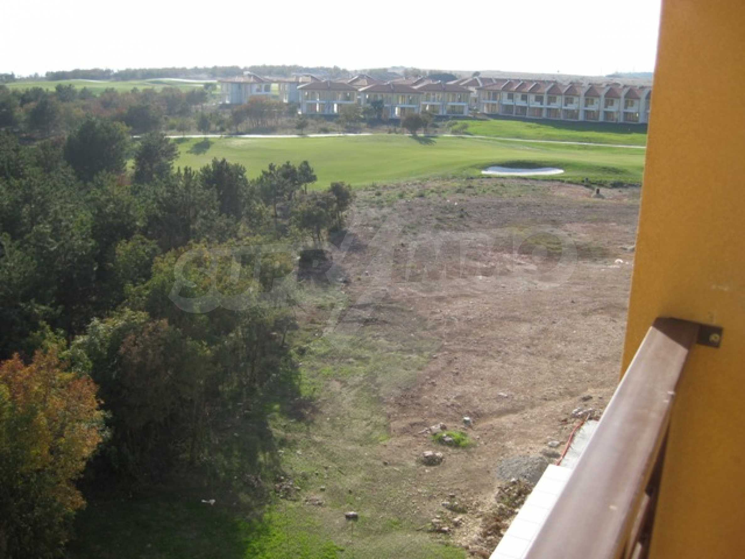1-bed penthouse apartment in Lighhouse Golf Resort  2