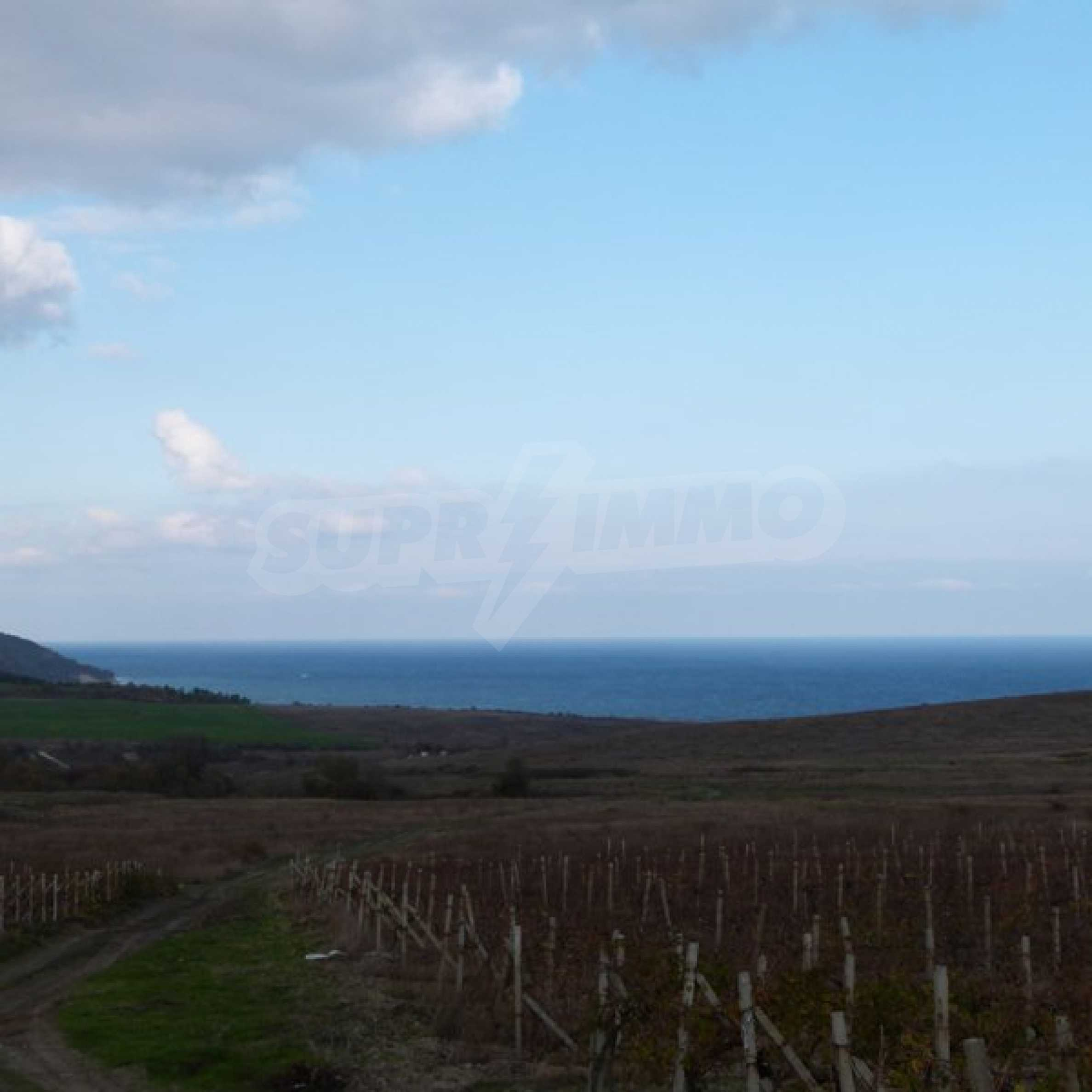 Land for sale in Byala 2