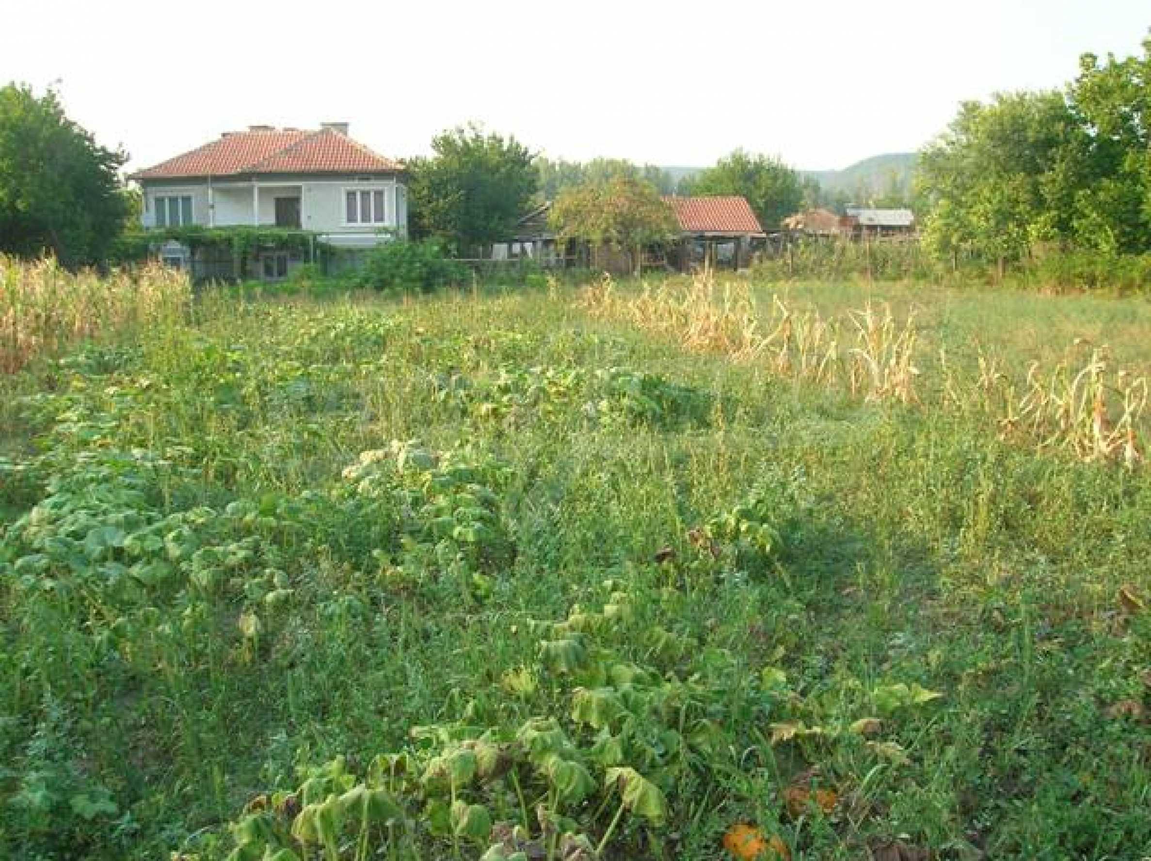 Grundstück im Dorf Sindel
