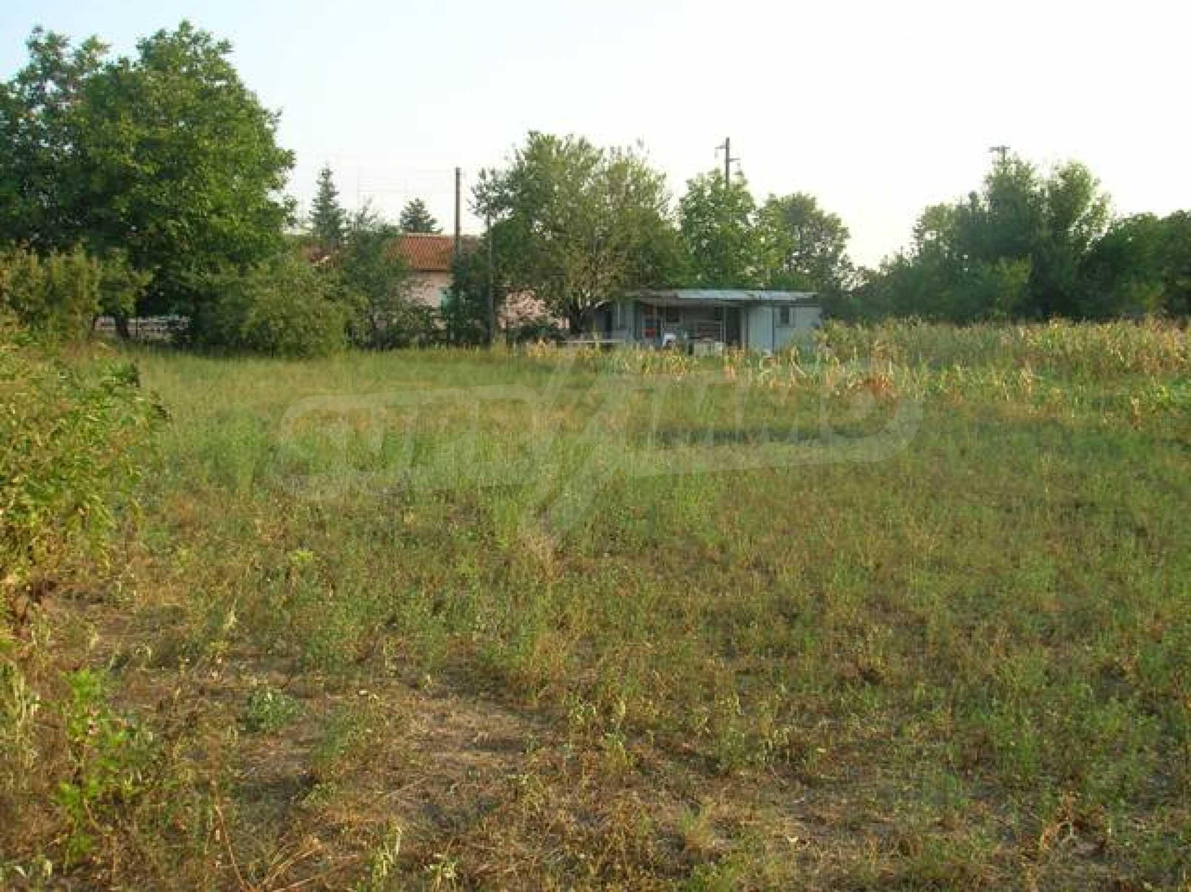 Grundstück im Dorf Sindel 2