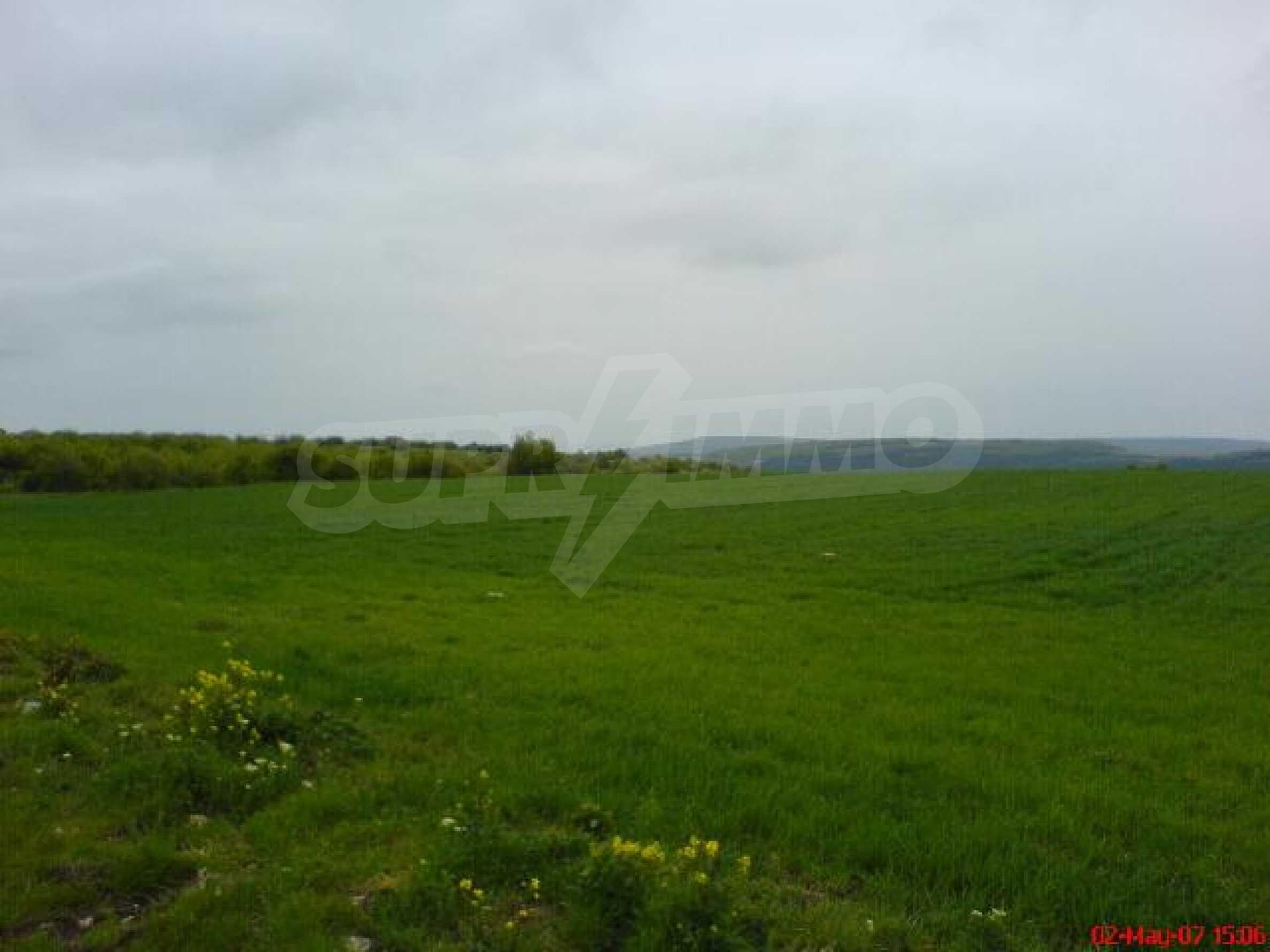 Geregeltes Grundstück in der Nähe des Dorfes Gen. Kantardzhievo 2
