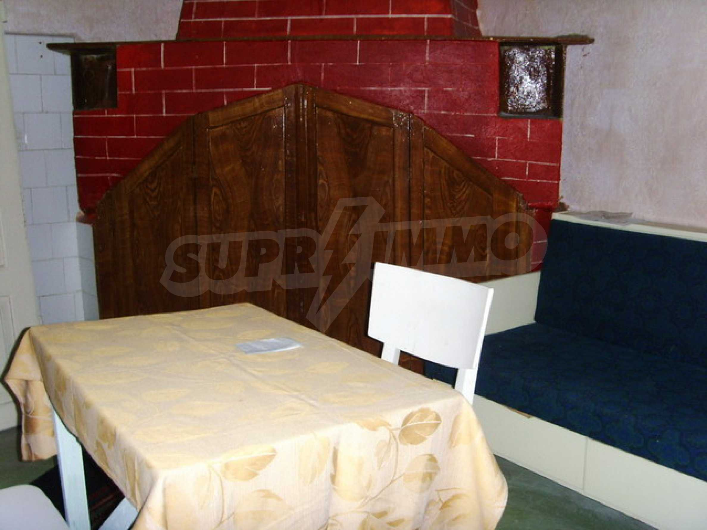 Къща в село близо до язовир Стамболийски 18