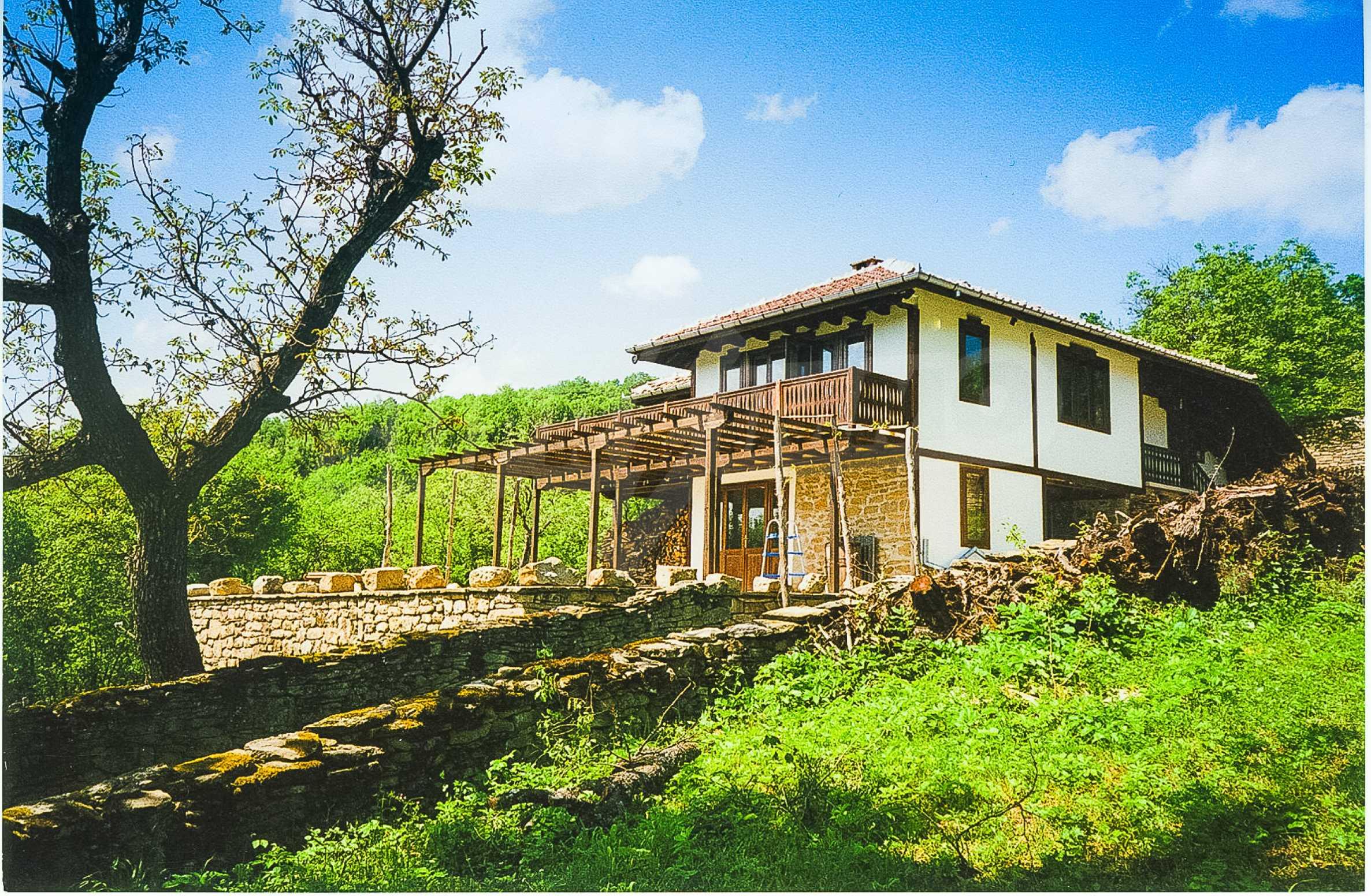 Luxuriöses Berggut mit einem sehr großen Garten auf dem Balkan, 17 km von Tryavna entfernt