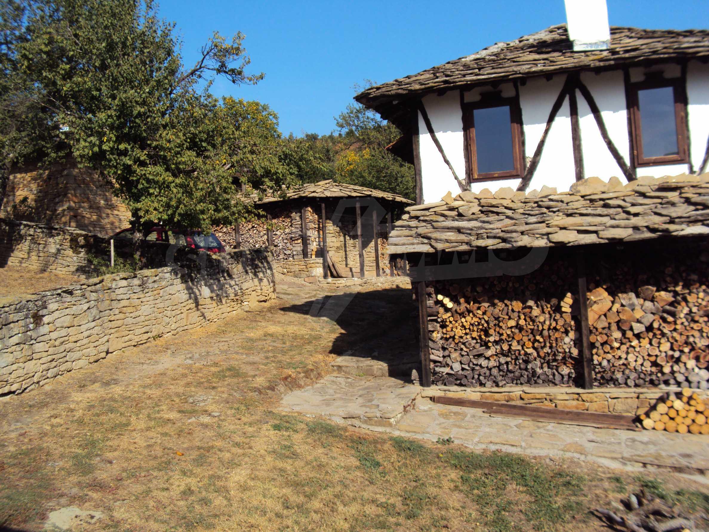 Luxuriöses Berggut mit einem sehr großen Garten auf dem Balkan, 17 km von Tryavna entfernt 22