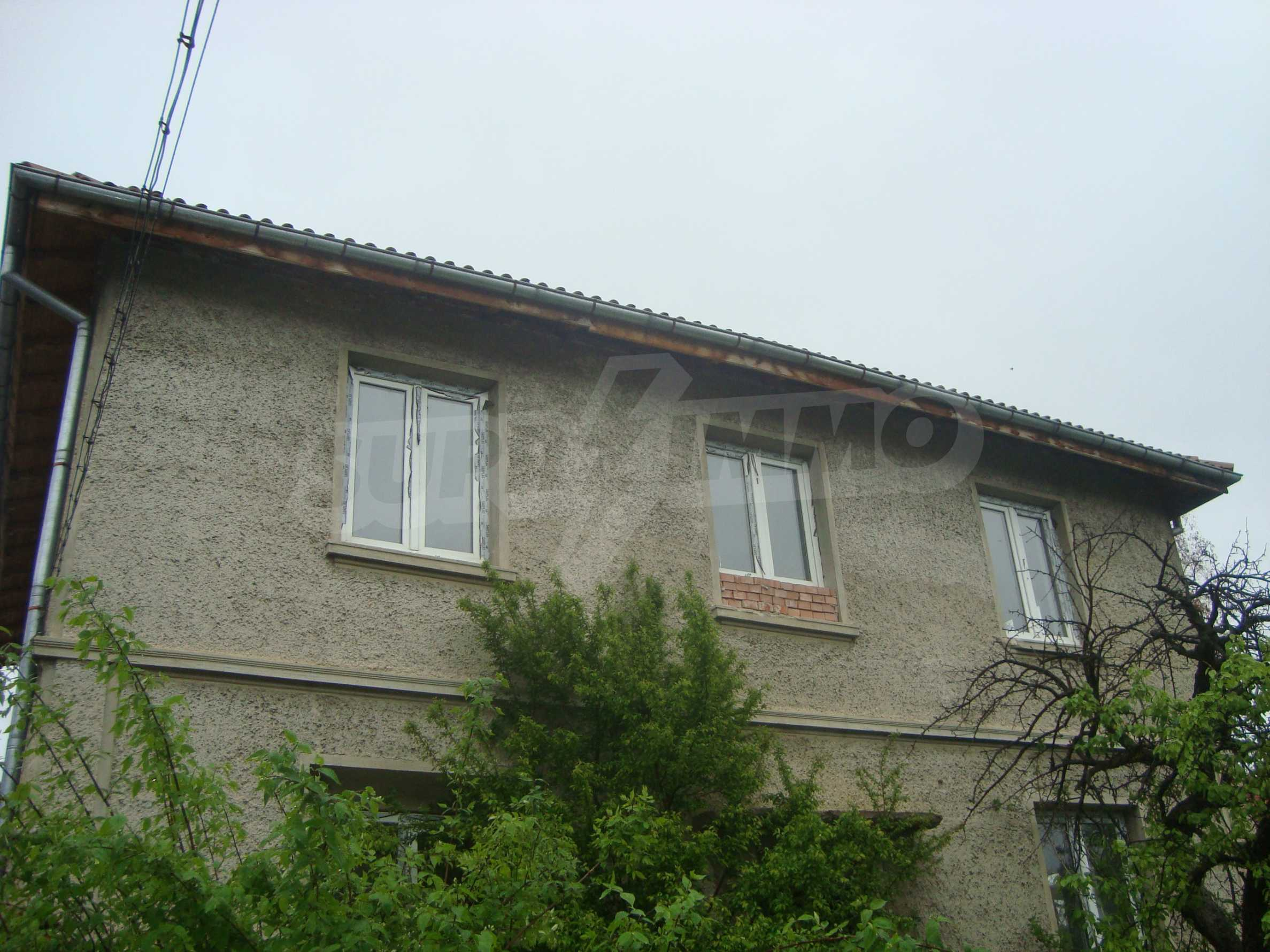 Großes, solides Landhaus nur 6 km von Dryanovo entfernt 1