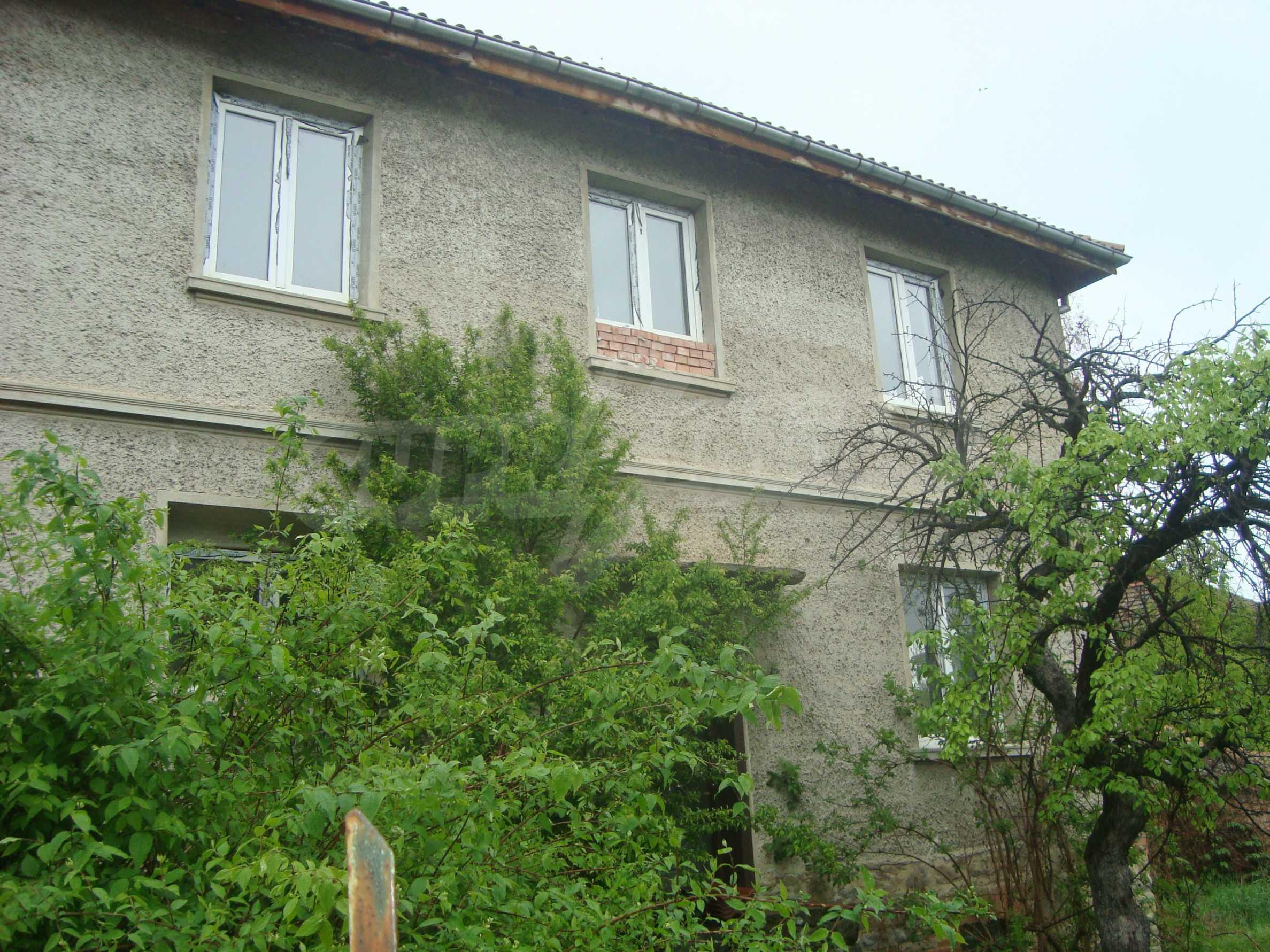 Großes, solides Landhaus nur 6 km von Dryanovo entfernt 2