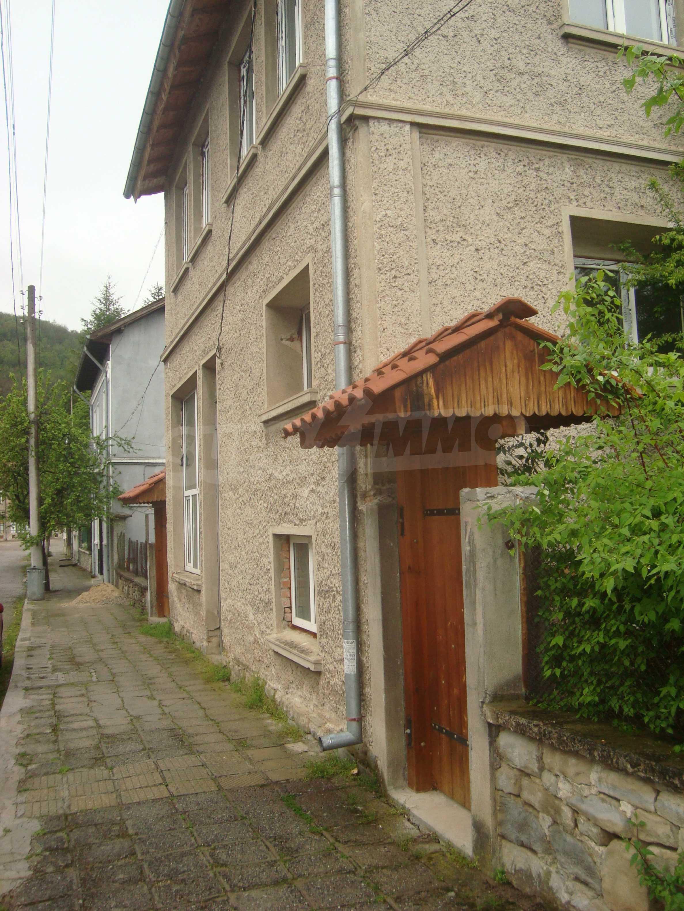 Großes, solides Landhaus nur 6 km von Dryanovo entfernt 5