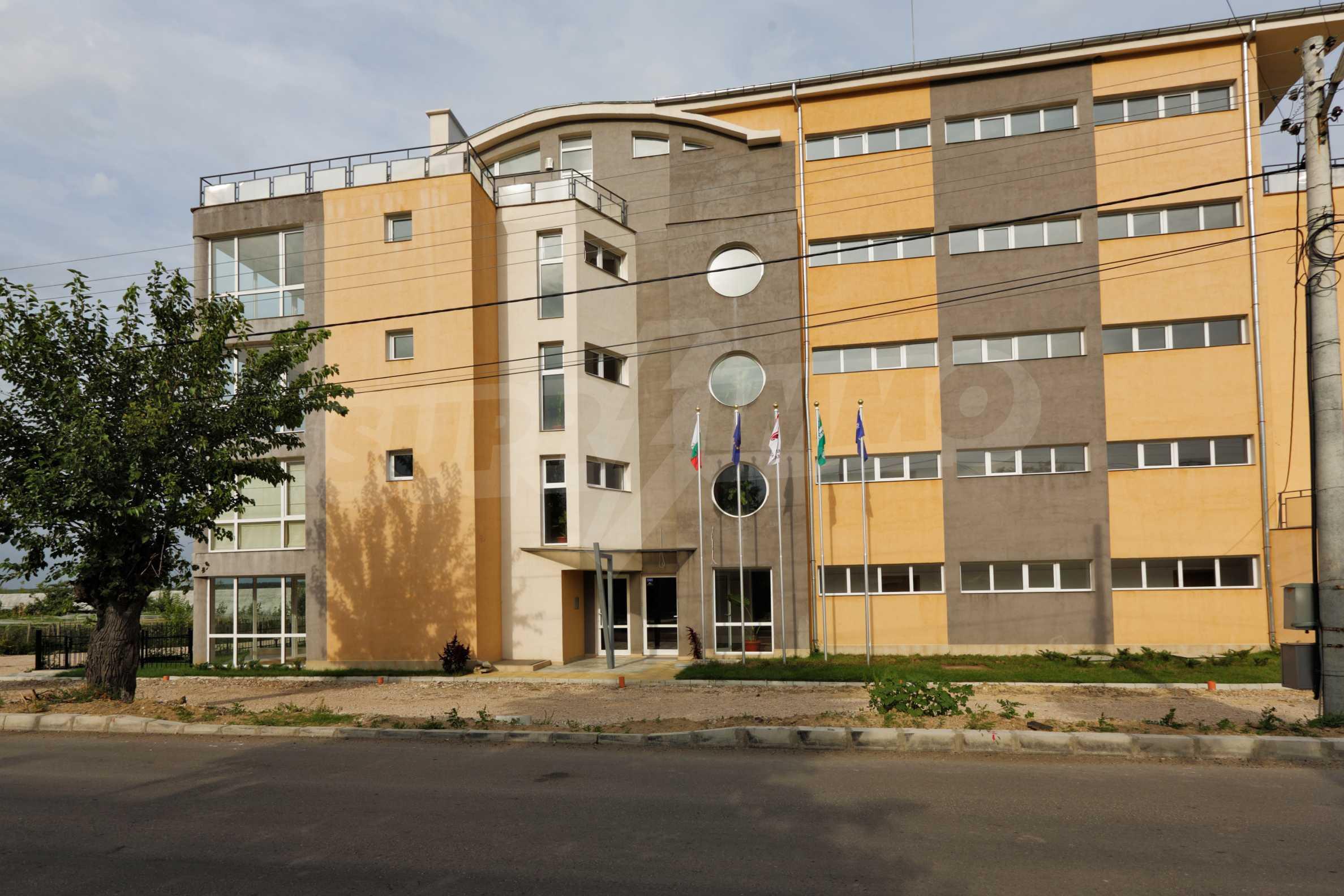 Тристаен апартамент в комплекс от затворен тип, Видинско 2