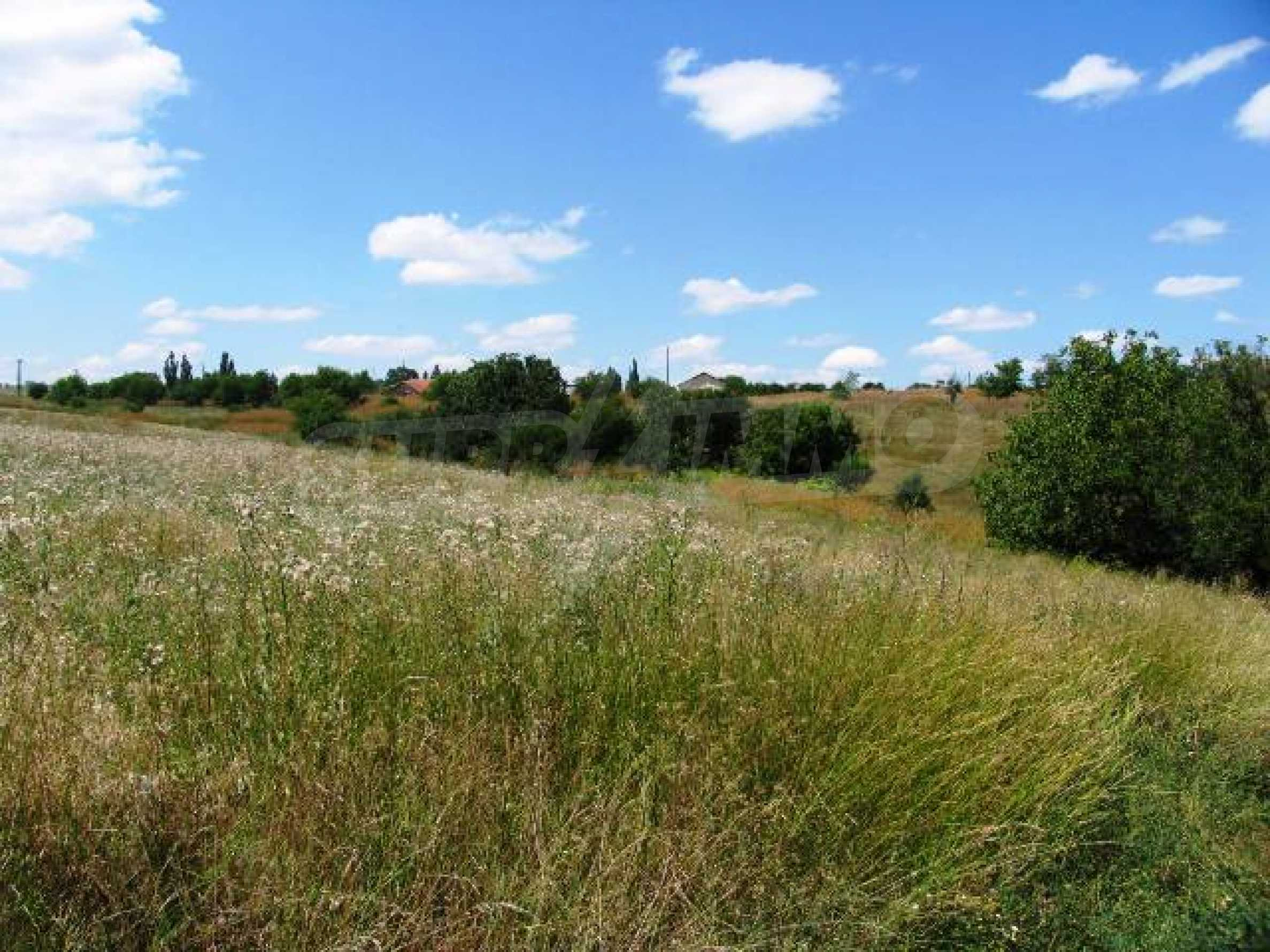 Земельный участок вблизи г. Варна 5