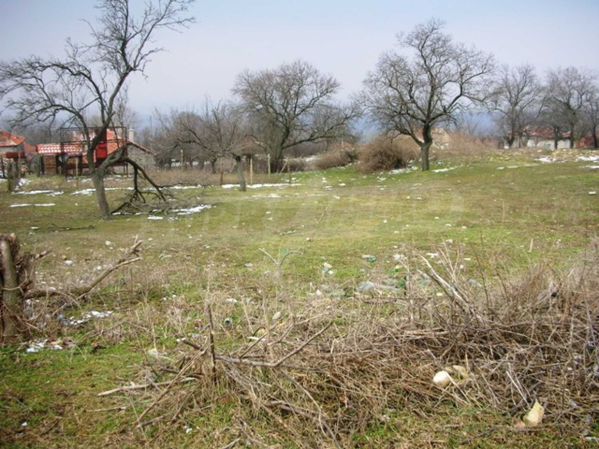Plot for sale in Avren with project for house