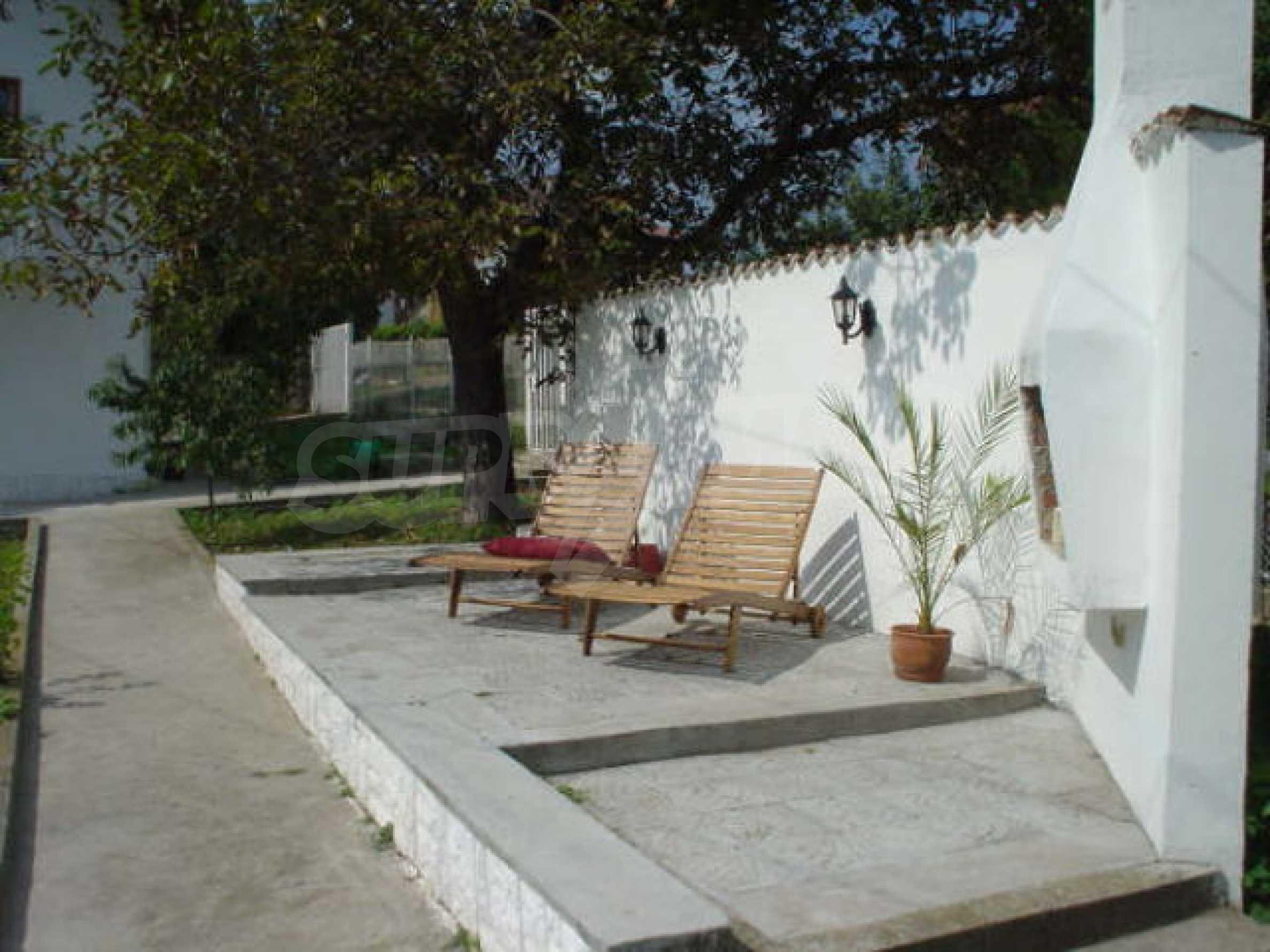 Обзаведено имение в село на 12 км от областния град Видин 17