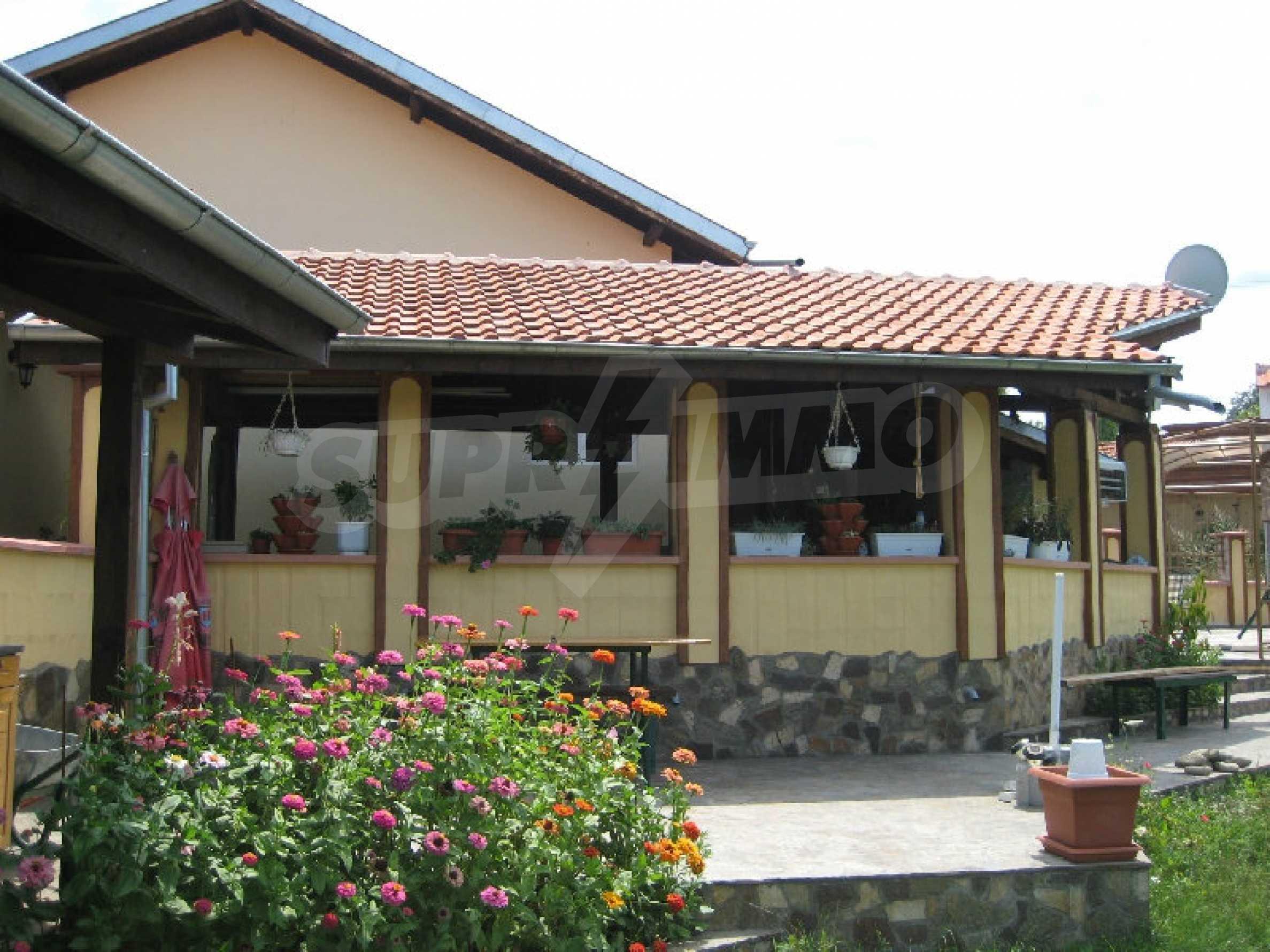 Beautiful house near Elena 2
