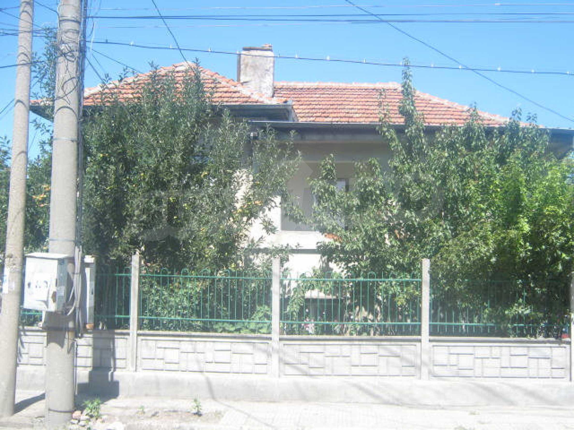 Большой двухэтажный дом в г. Видин