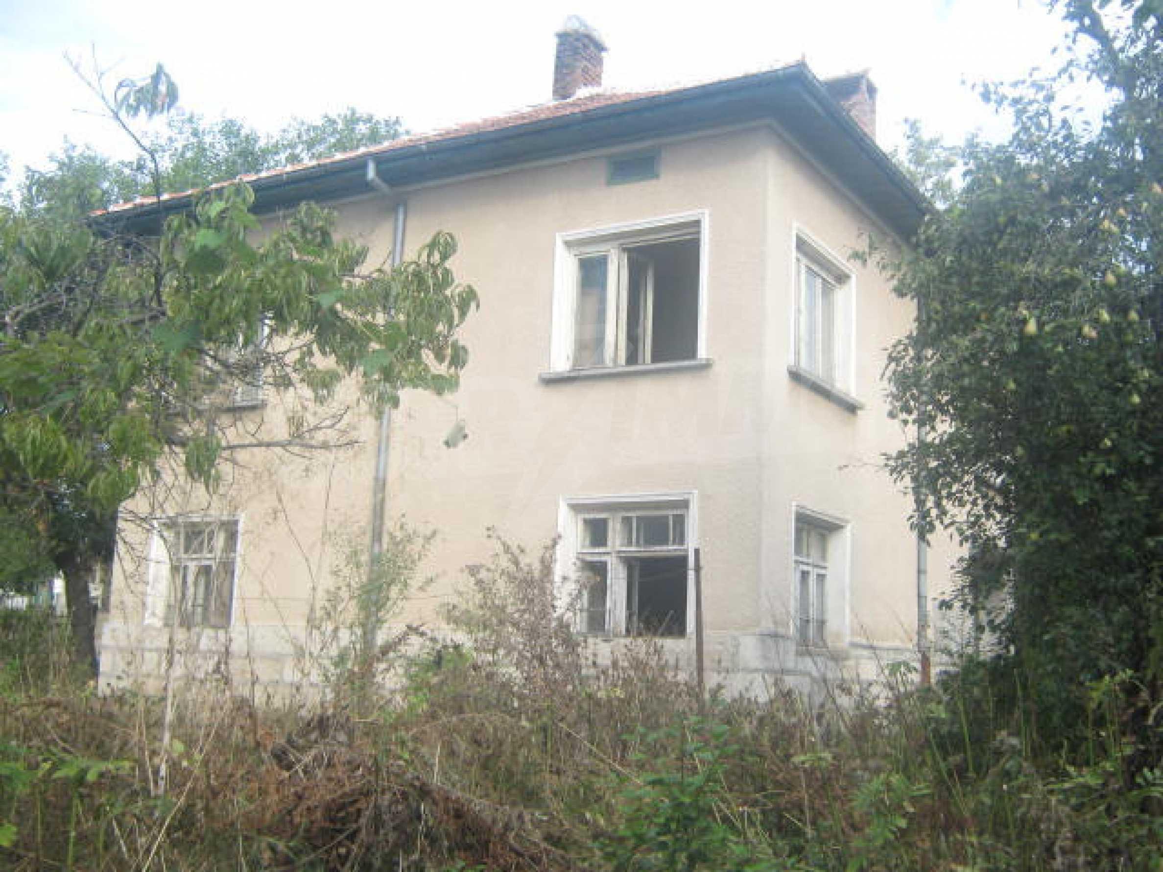 Голяма къща близо до Видин