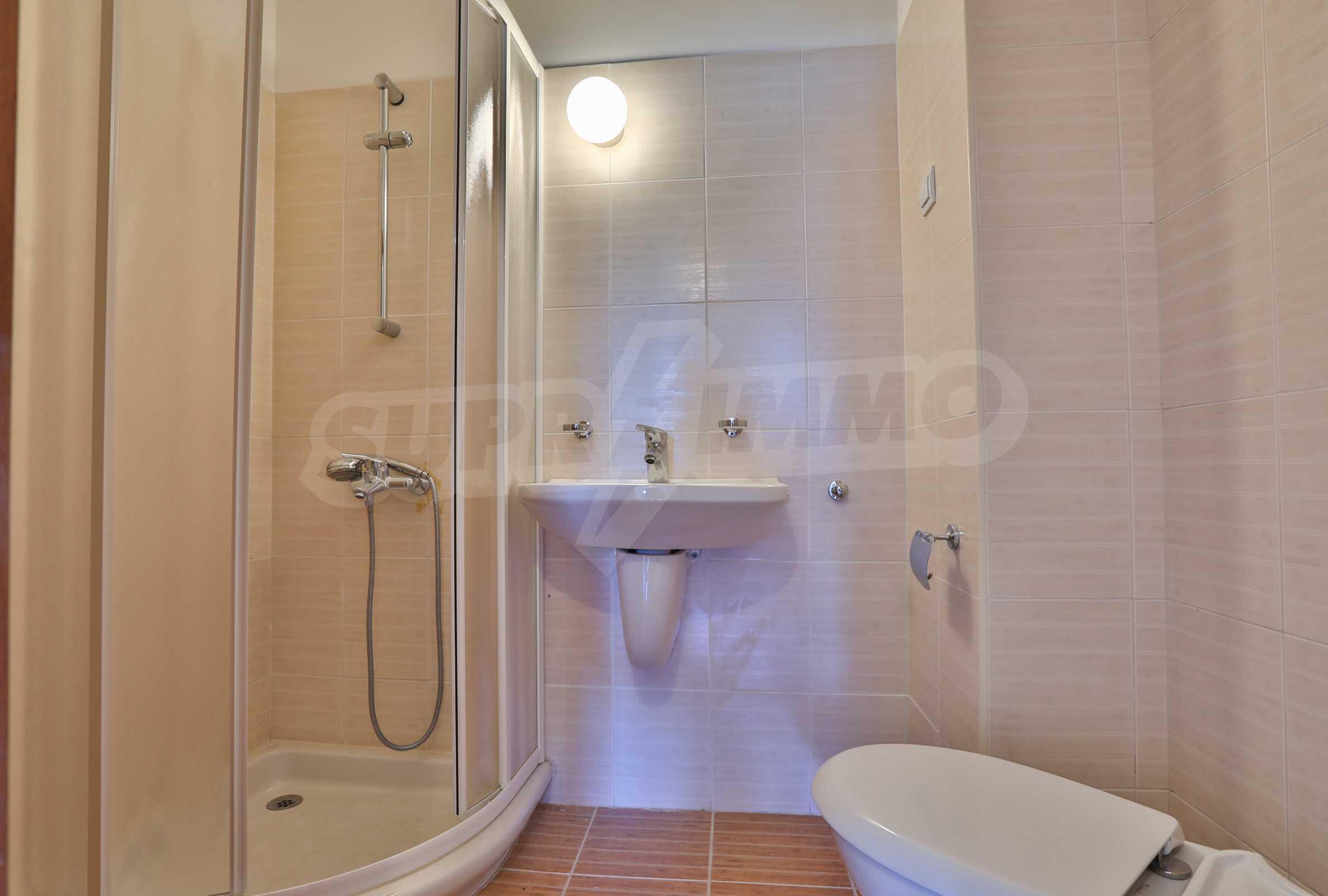 Първокласни апартаменти за продажба на метри от писта Ястребец в Боровец 6