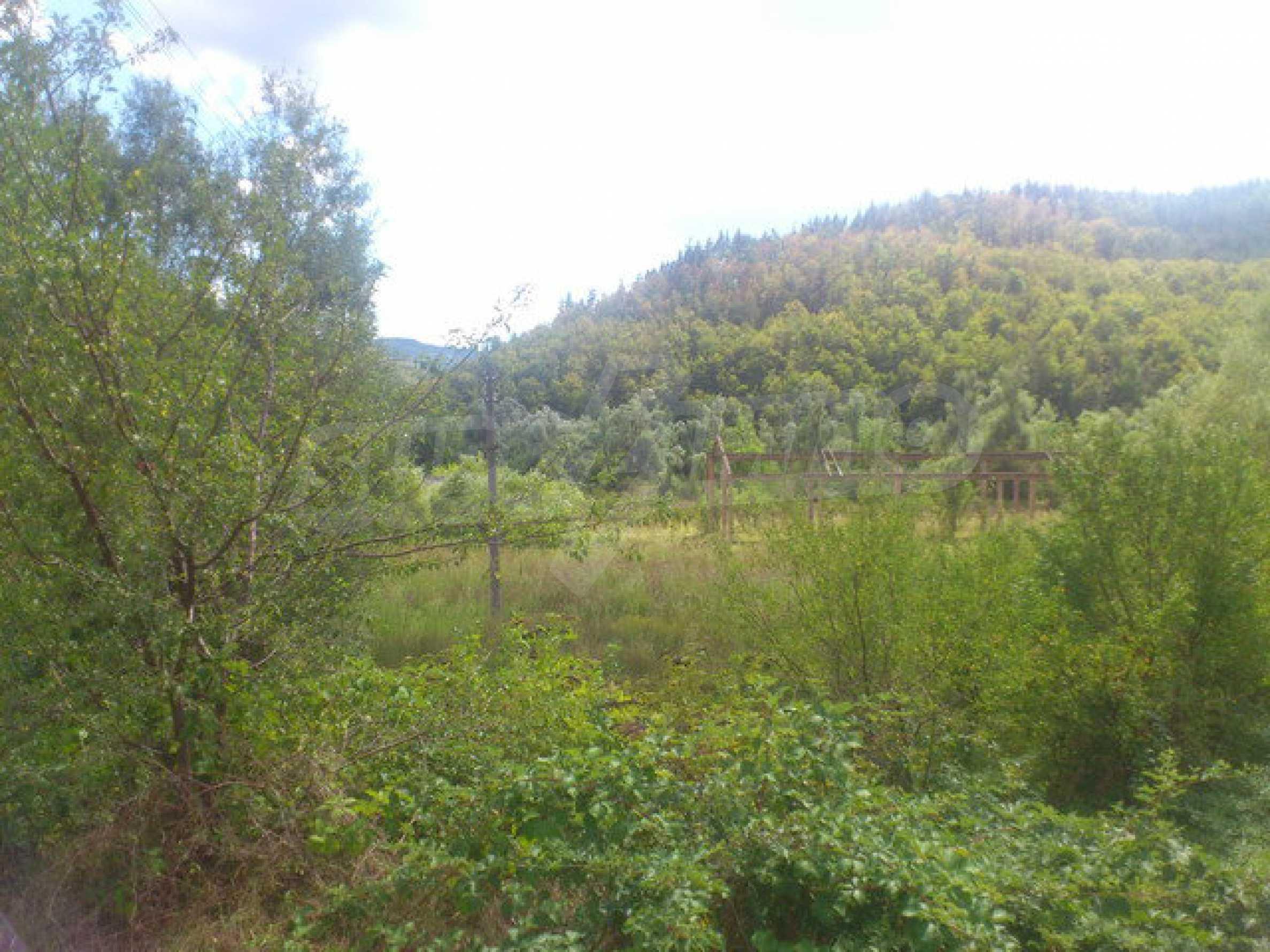 Plot of land near the river near town Tryavna 4