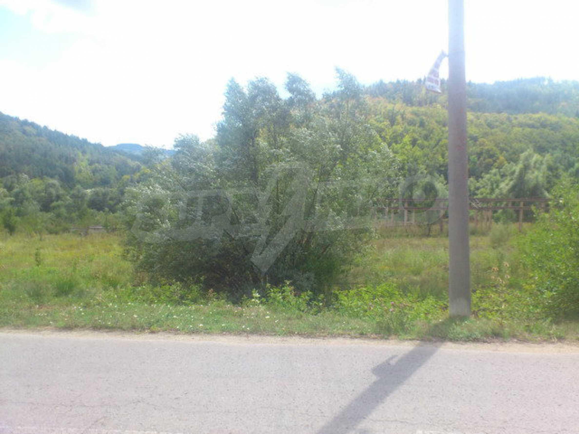 Plot of land near the river near town Tryavna 7