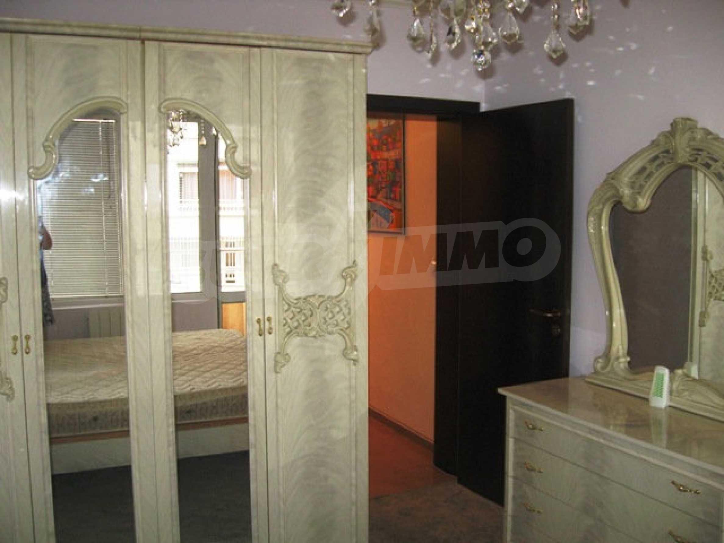 Apartment Esthete 8