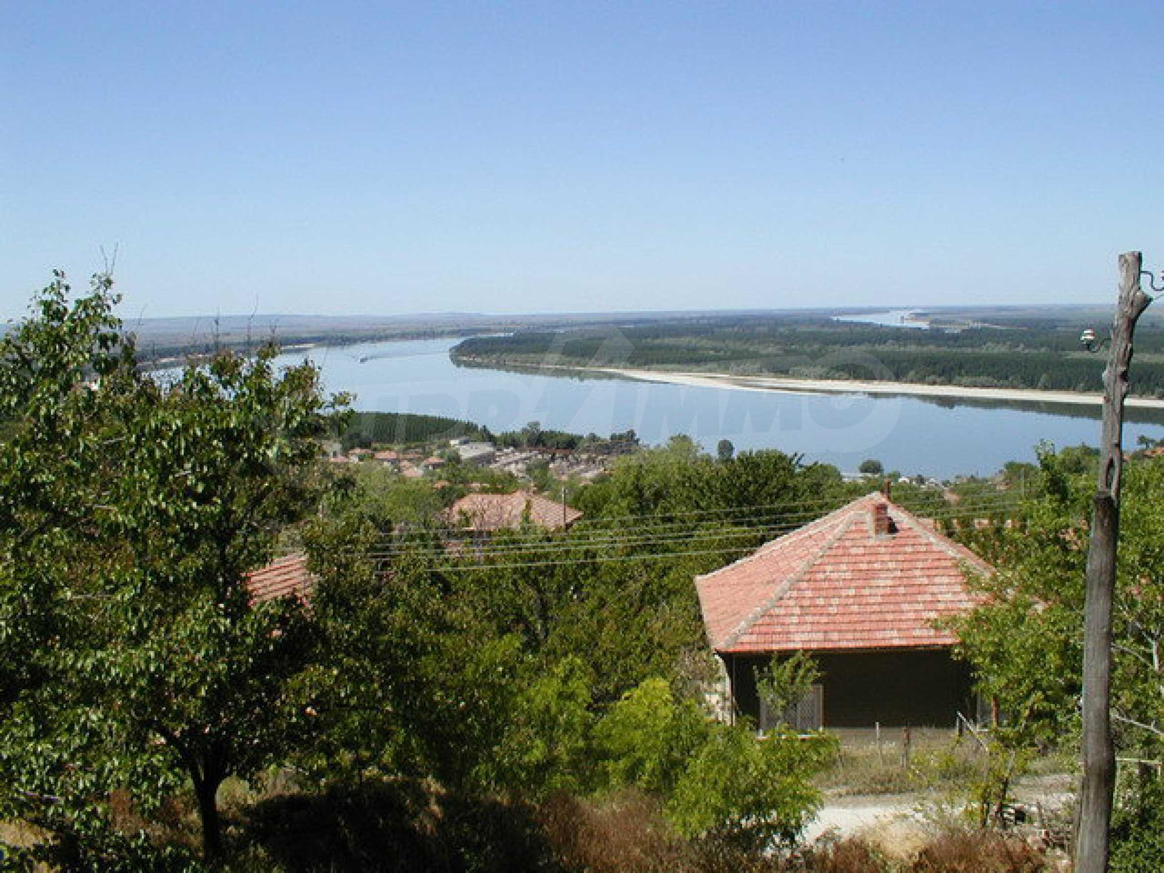 Полностью отремонтированный дом с большим садом и видом на Дунай 15