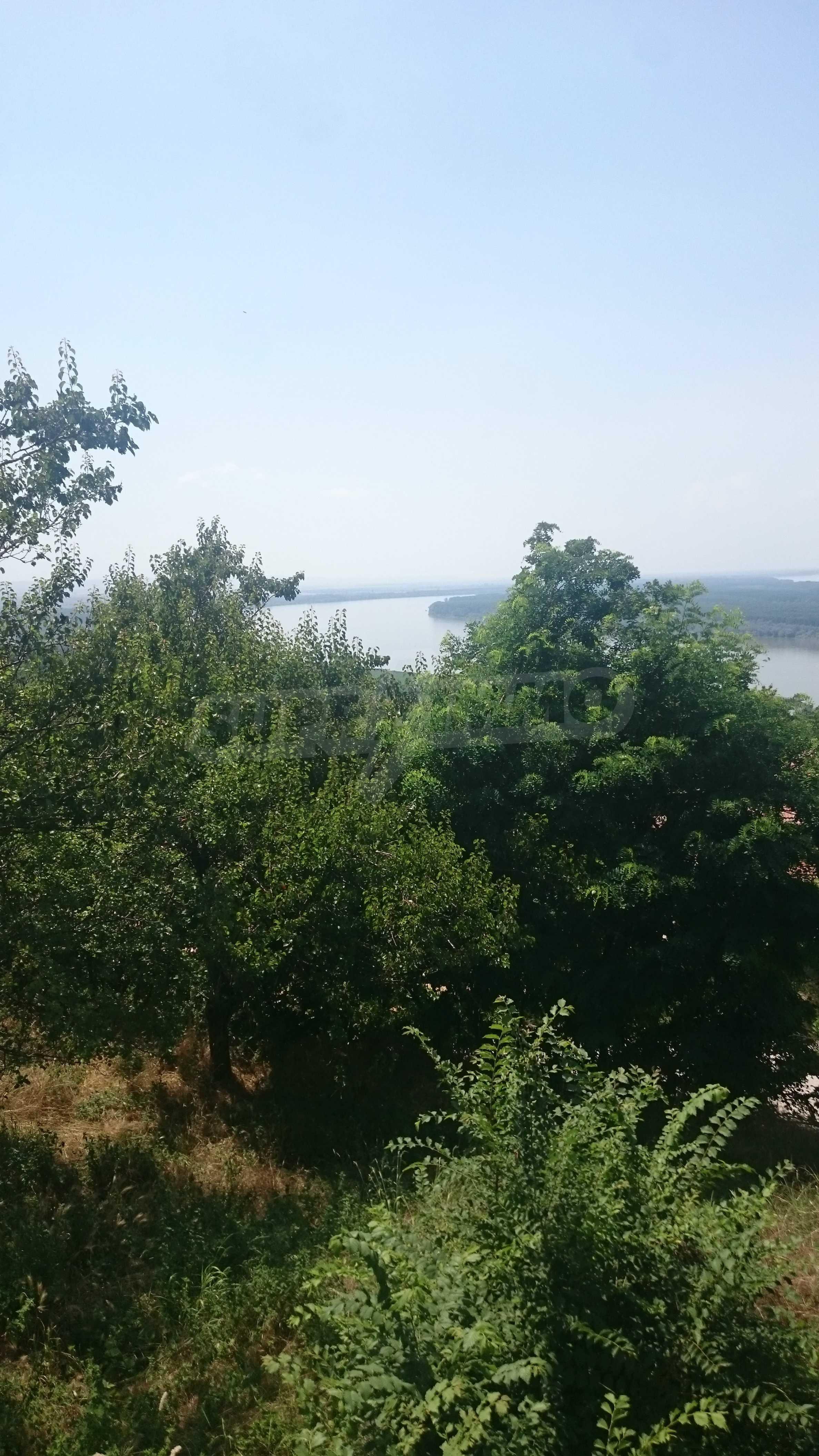 Полностью отремонтированный дом с большим садом и видом на Дунай 46