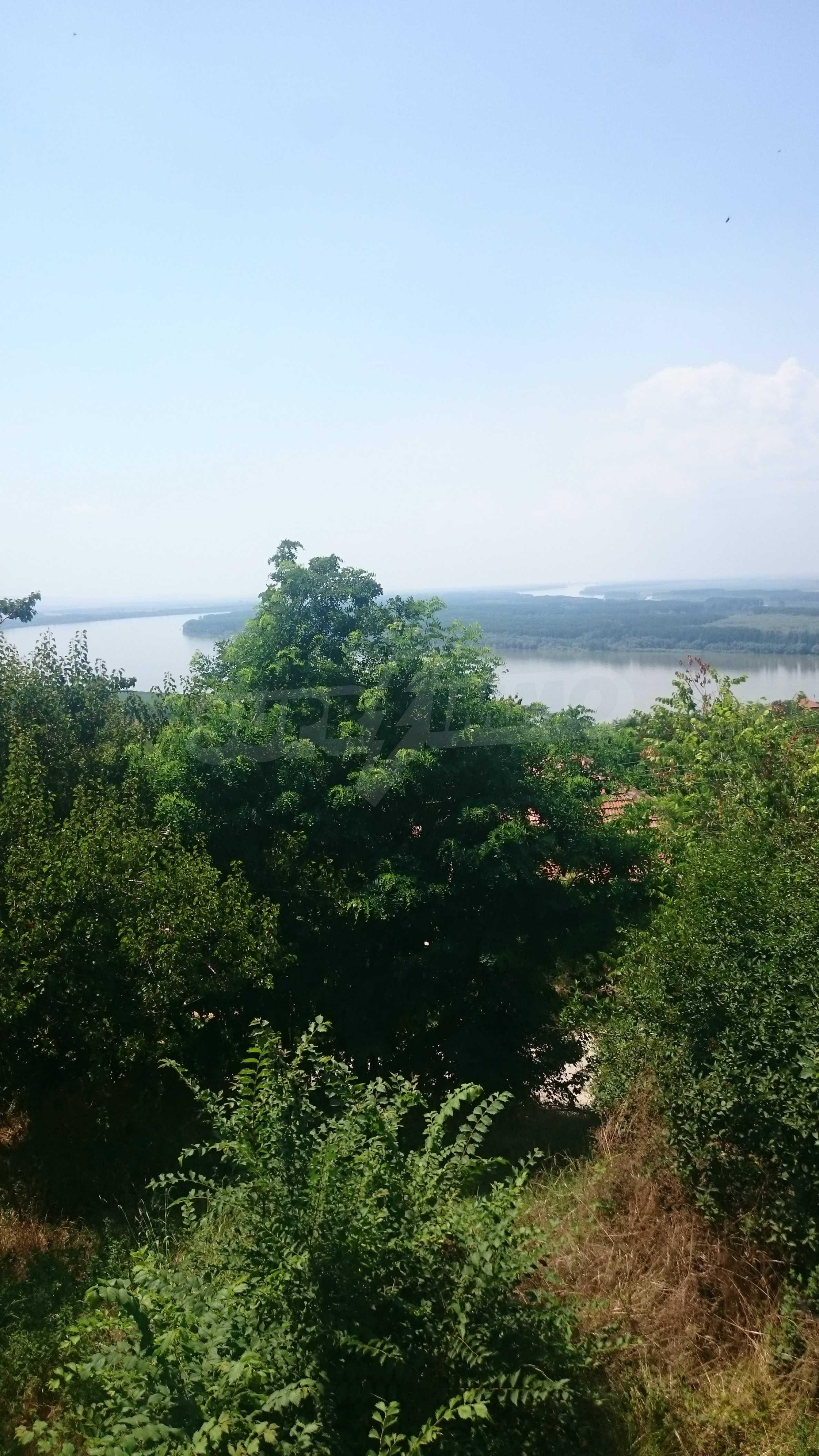 Полностью отремонтированный дом с большим садом и видом на Дунай 47