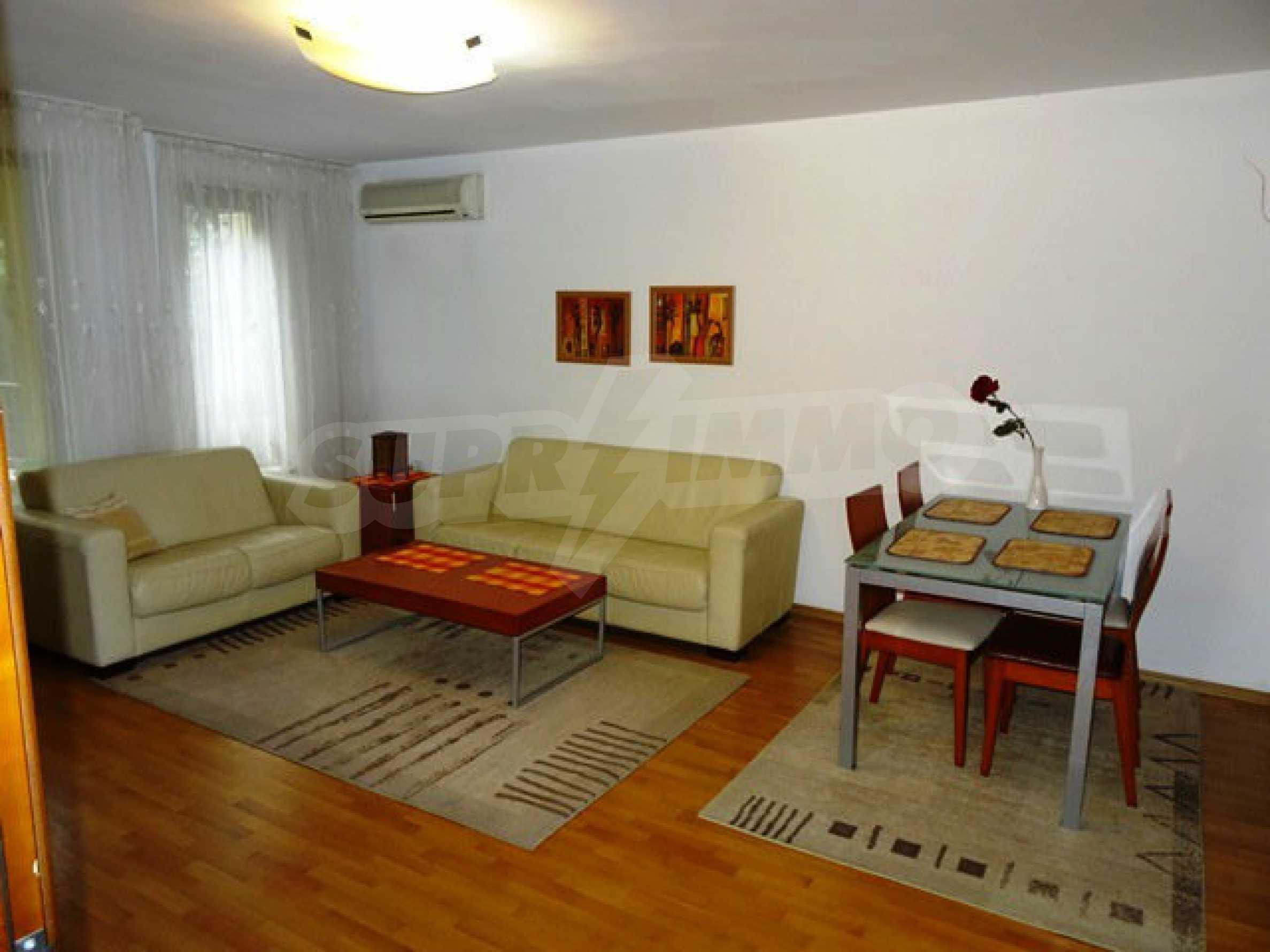 Apartment Love 11