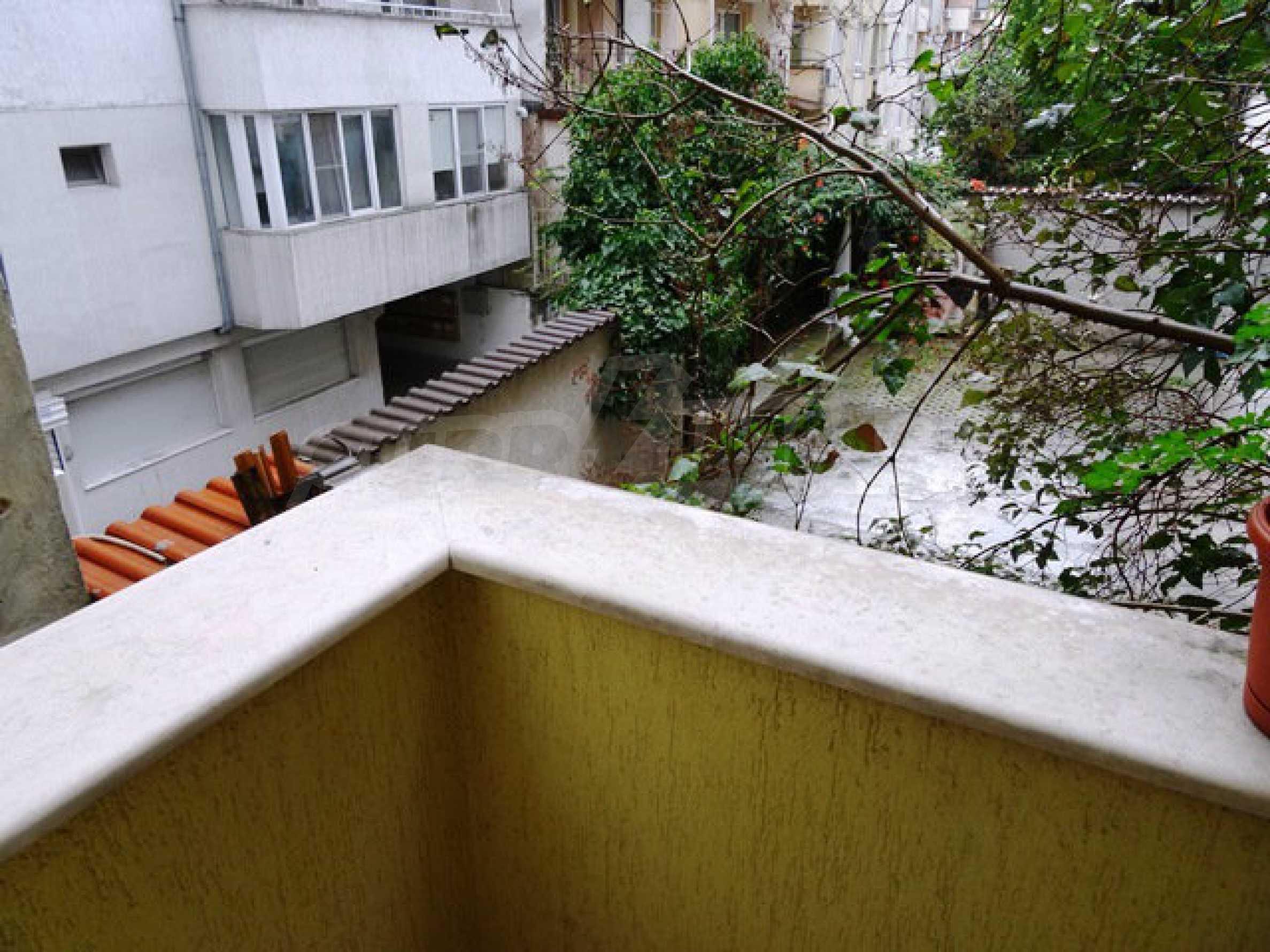 Apartment Love 15