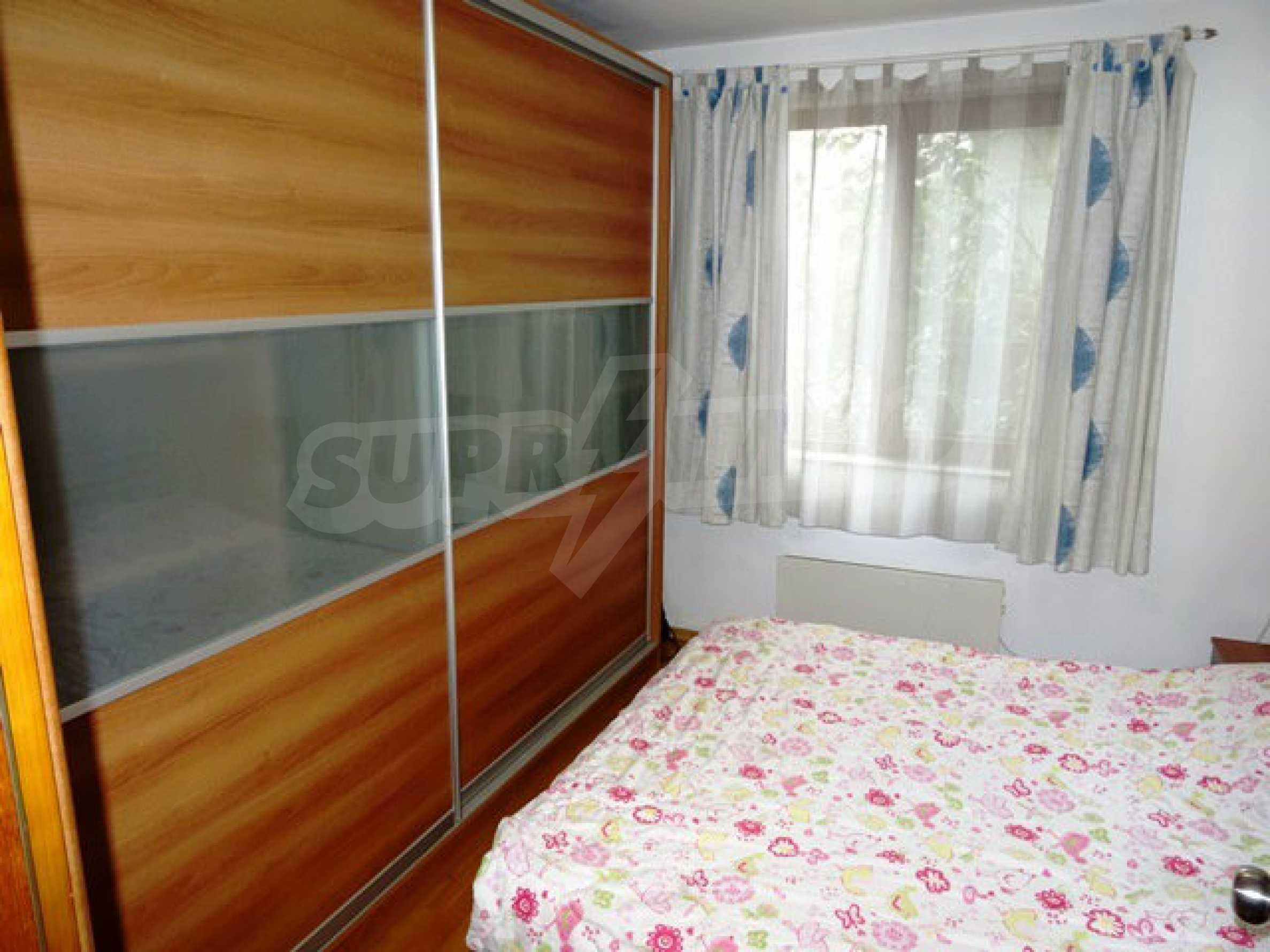 Apartment Love 16