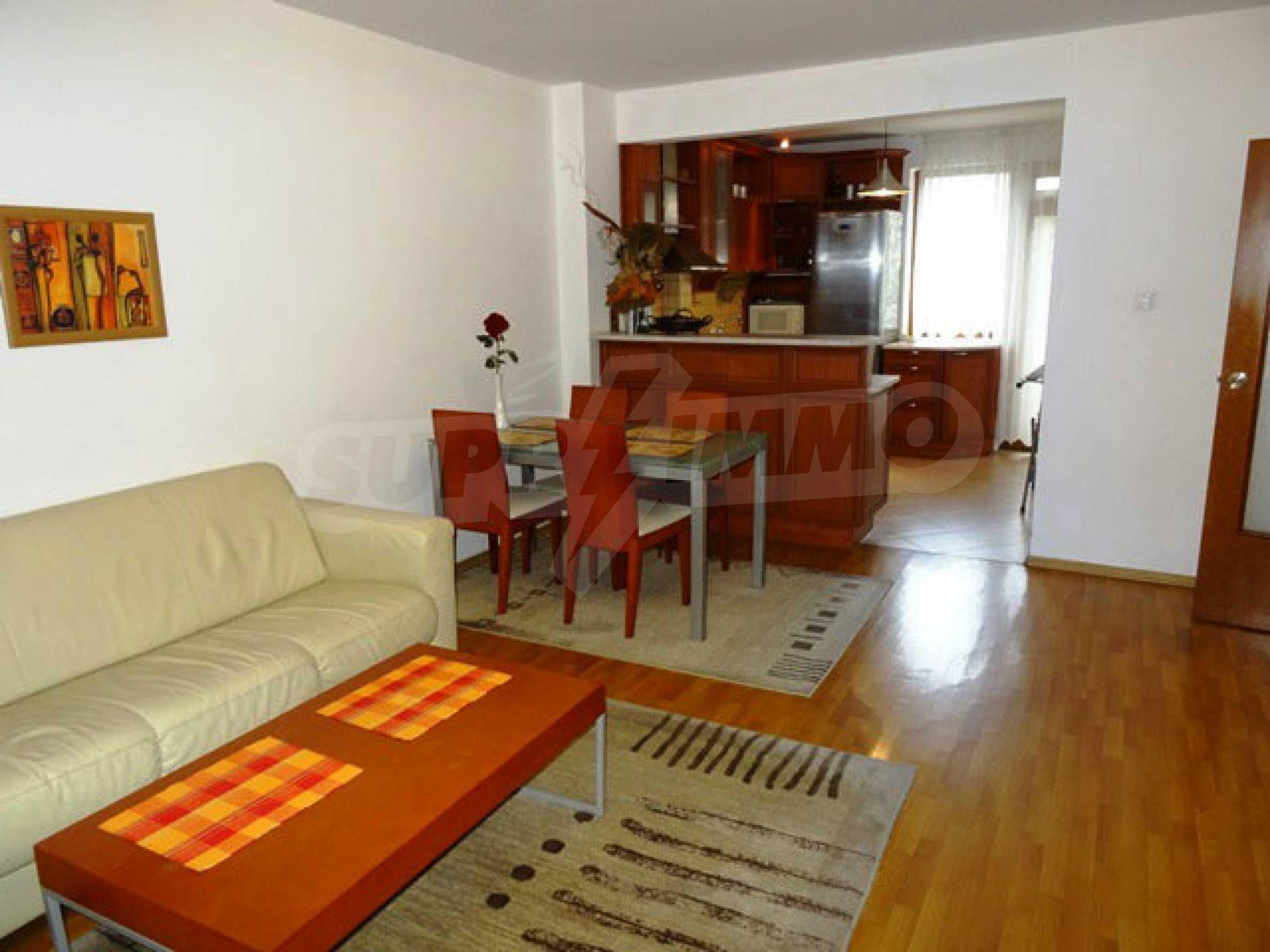 Apartment Love 7
