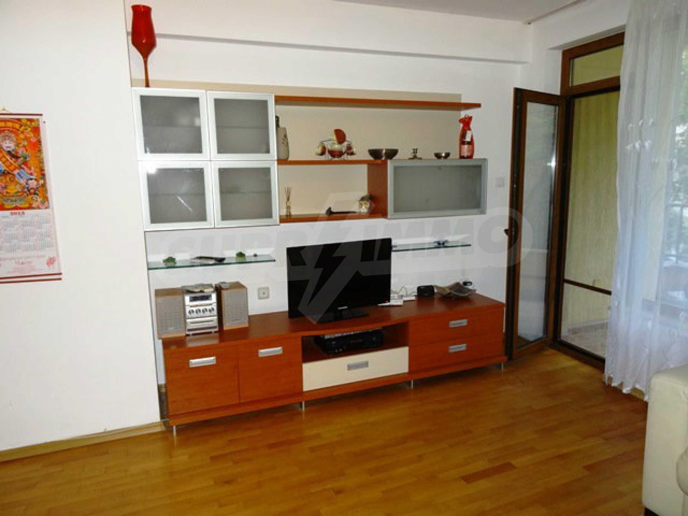 Apartment Love 8