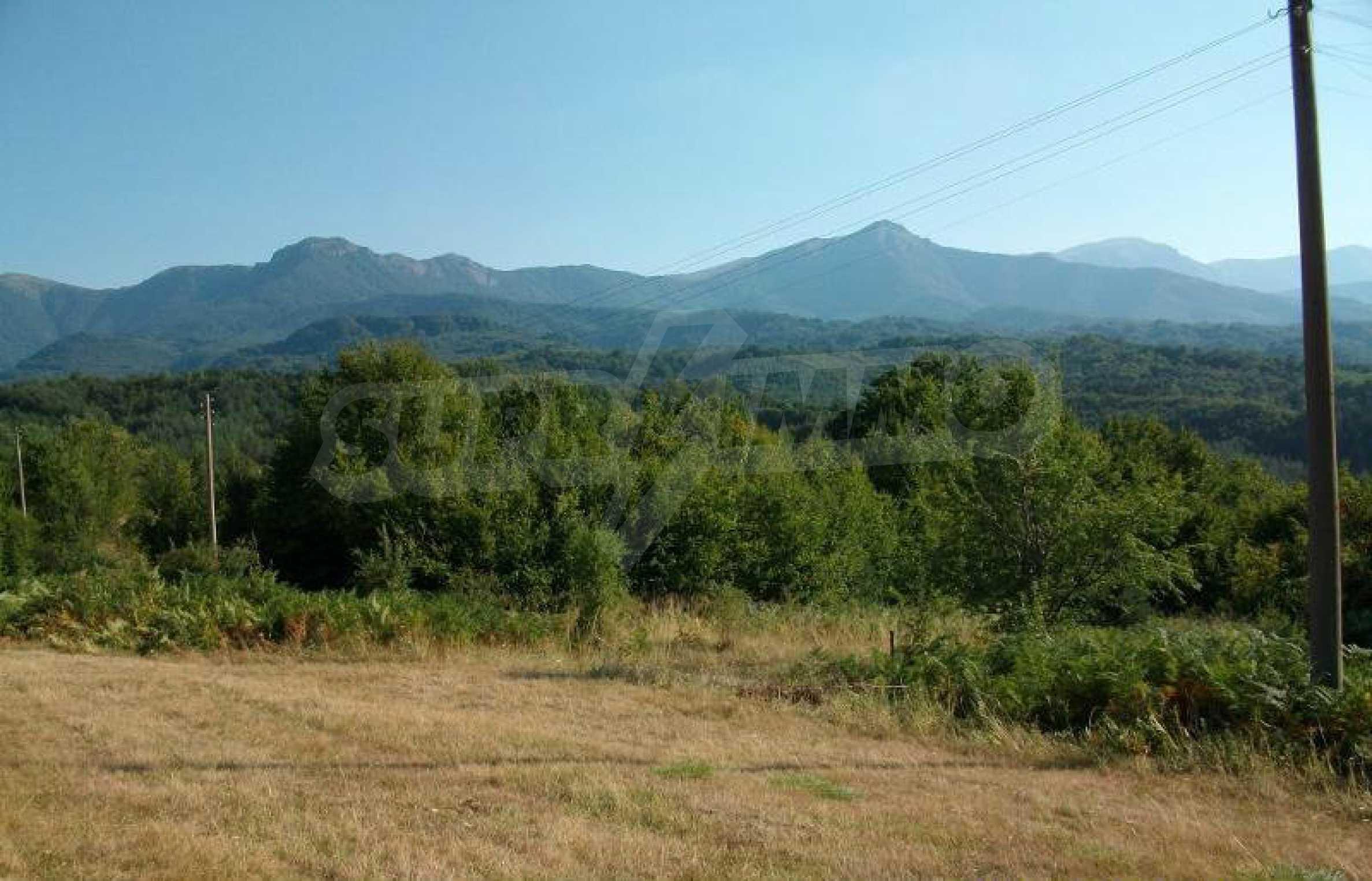Hof mit einer schönen Aussicht, in einem Dorf 6 km von der Stadt Apriltsi entfernt 2