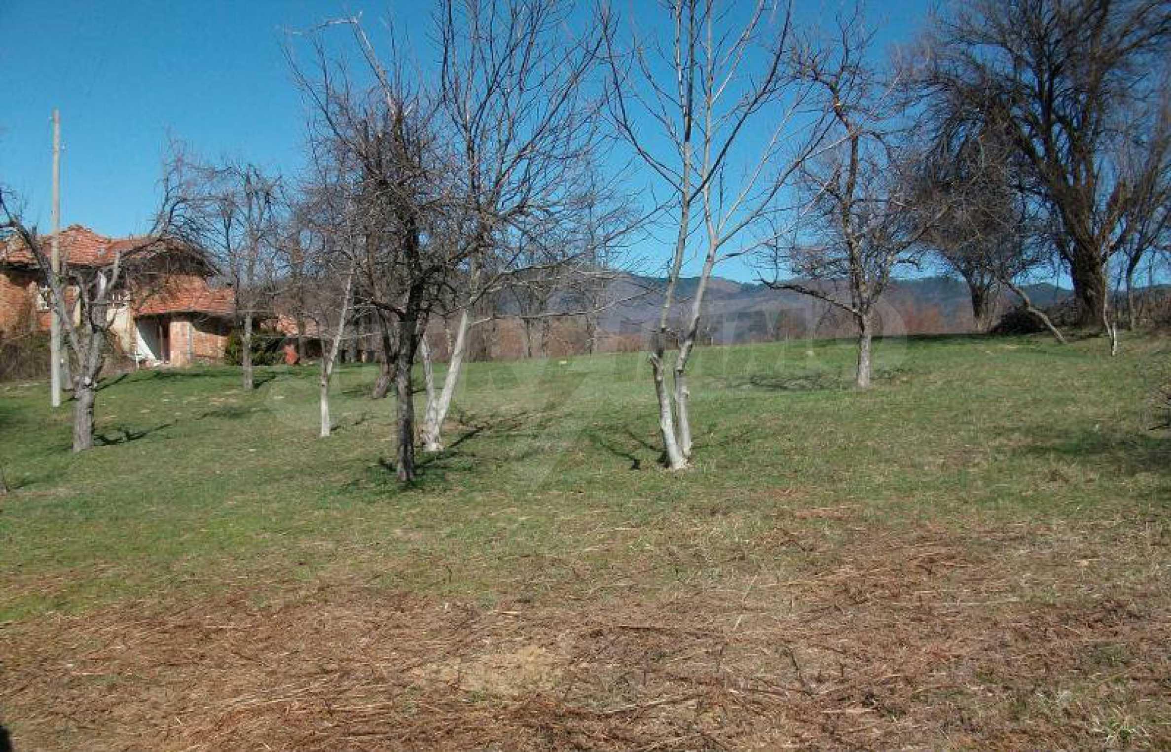 Hof mit einer schönen Aussicht, in einem Dorf 6 km von der Stadt Apriltsi entfernt 3