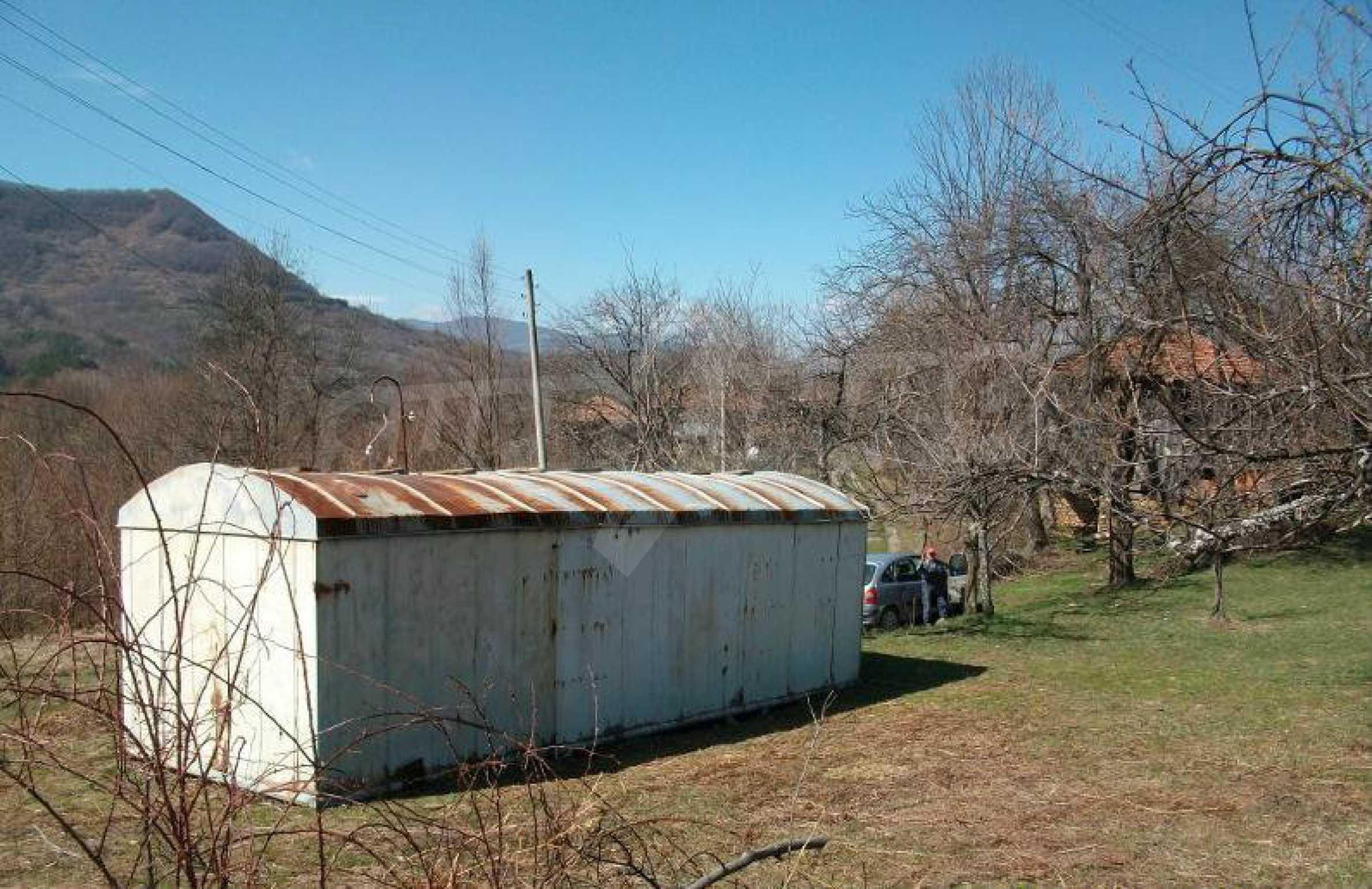 Hof mit einer schönen Aussicht, in einem Dorf 6 km von der Stadt Apriltsi entfernt 4