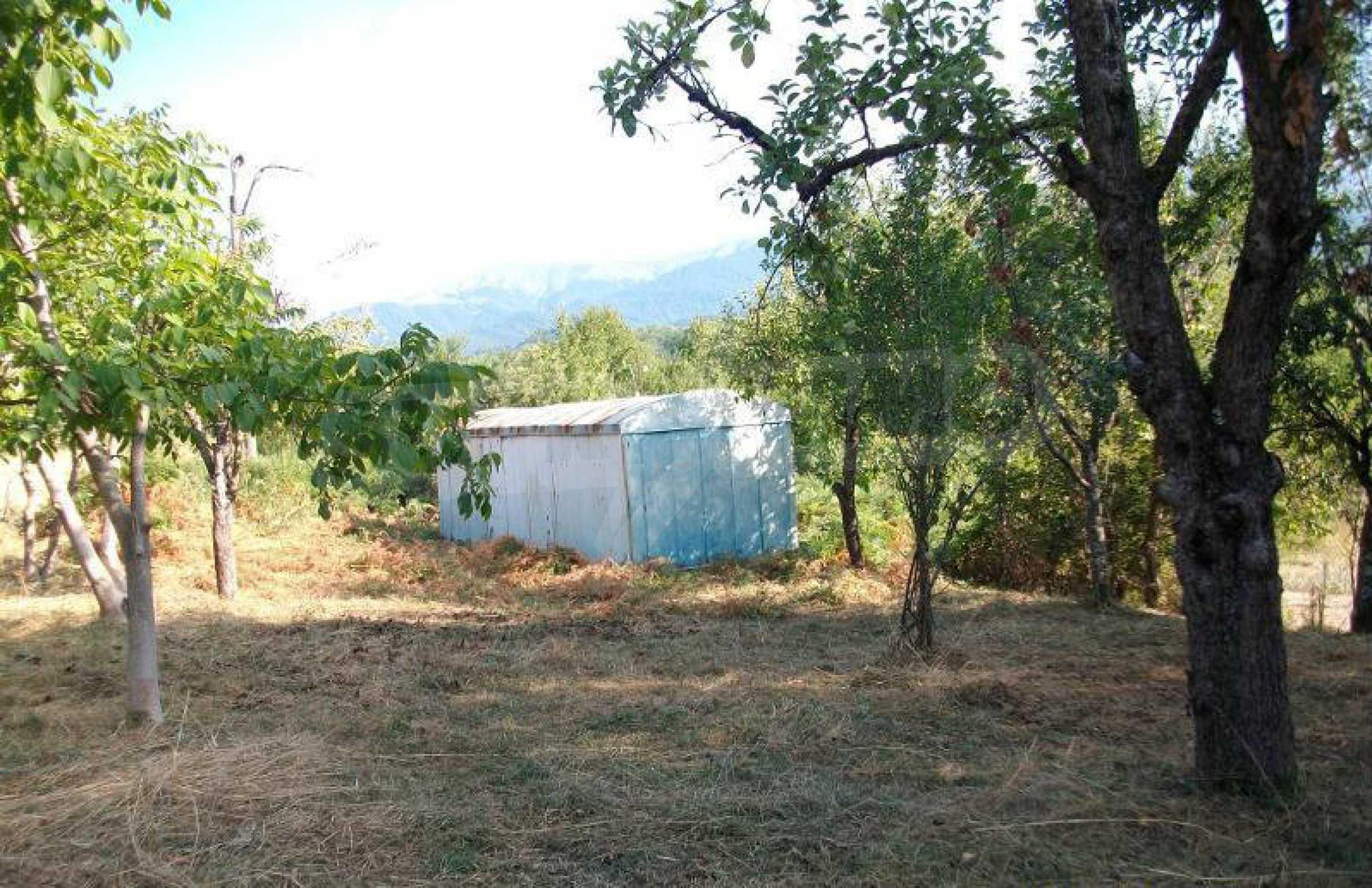 Hof mit einer schönen Aussicht, in einem Dorf 6 km von der Stadt Apriltsi entfernt 6